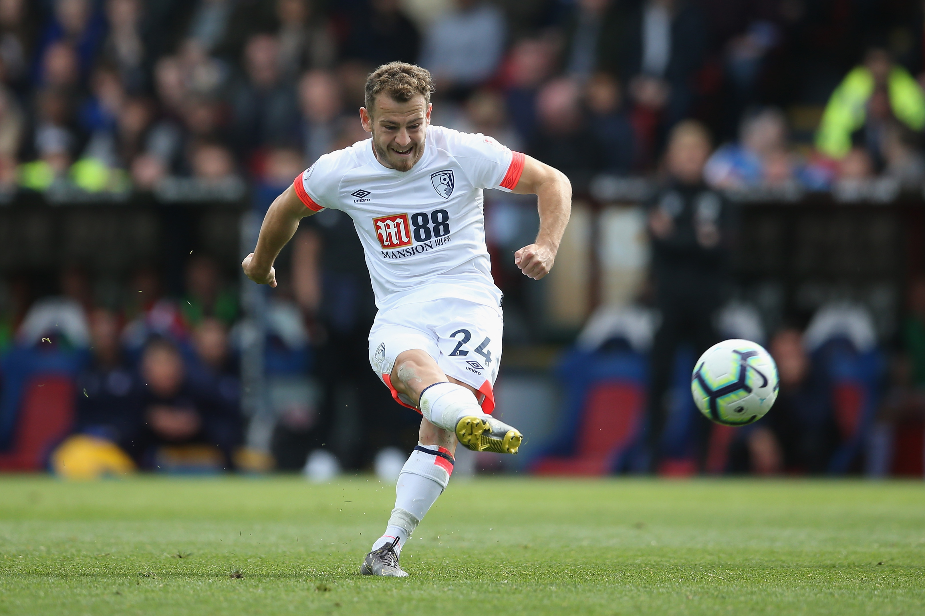 Manchester United linked to Ryan Fraser