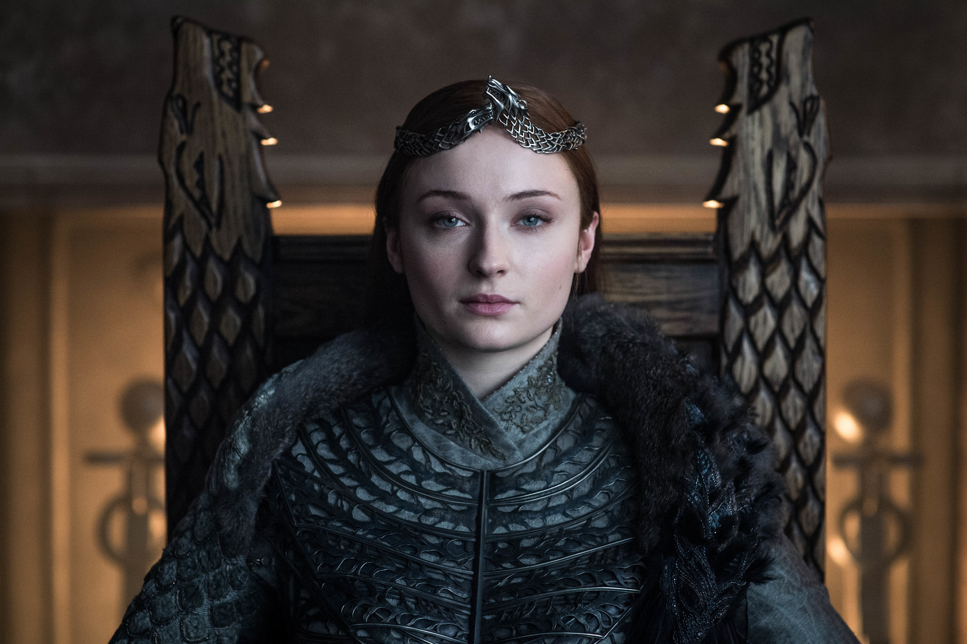 e525122c2f36f What Sansa Stark s coronation hairstyle says about her character development