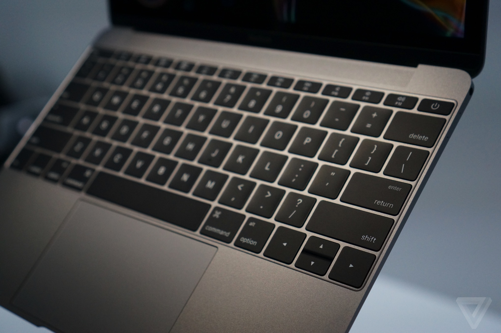 Apple's new MacBook keyboard fix is reassuring and worrying