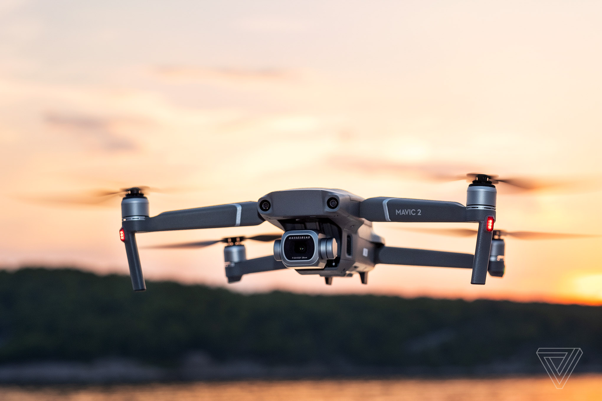 Best Drones 2020 Under 200 DJI will add airplane and helicopter detectors to new drones in