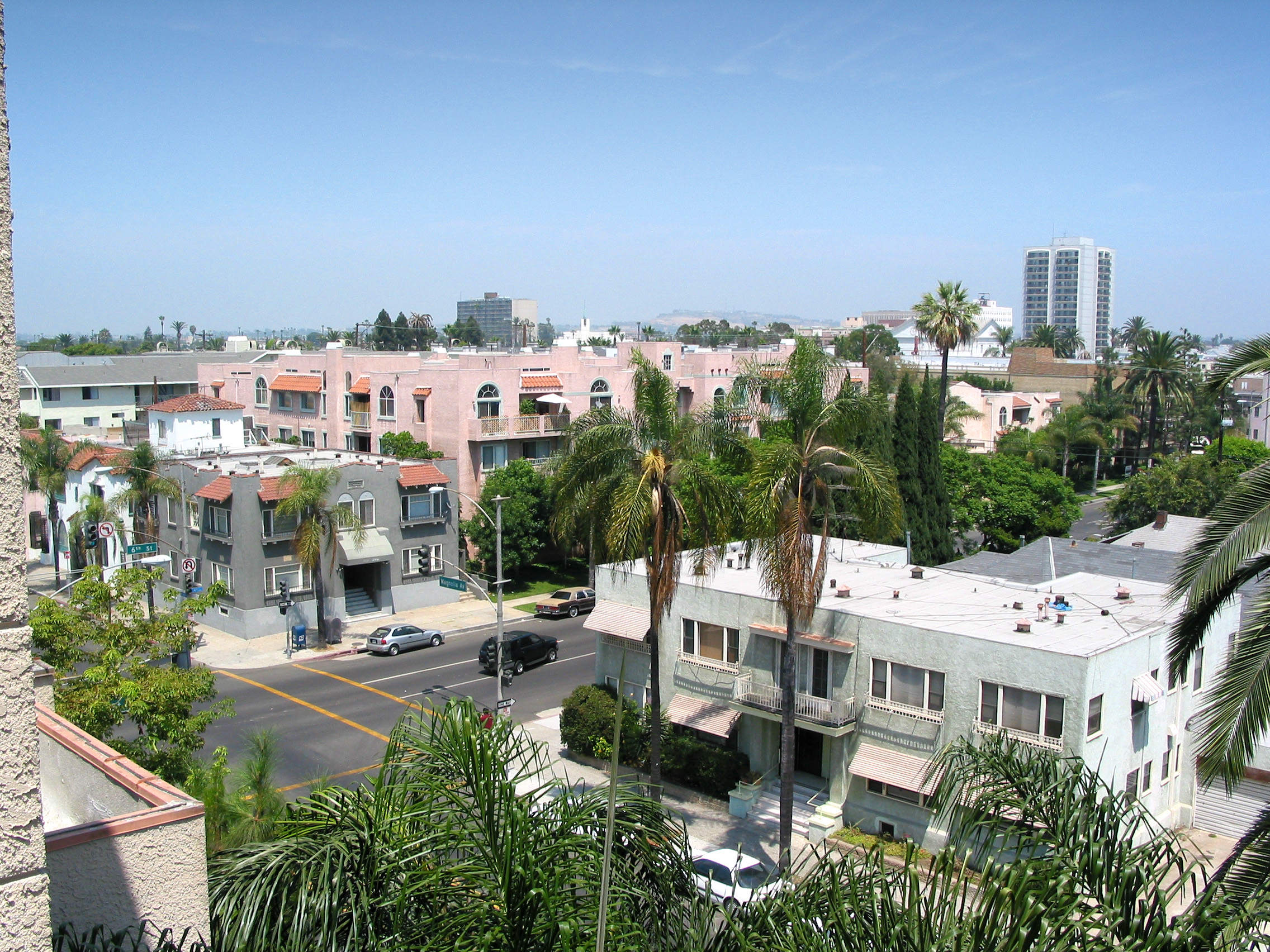 cea80023 Long Beach approves tenant relocation assistance ordinance - Curbed LA