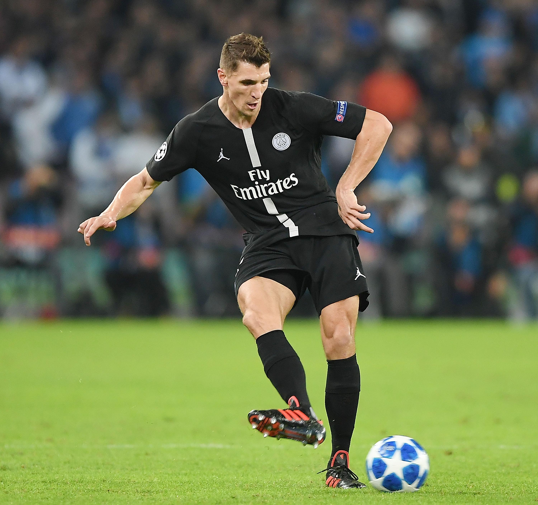 SSC Napoli v Paris Saint-Germain - UEFA Champions League Group C
