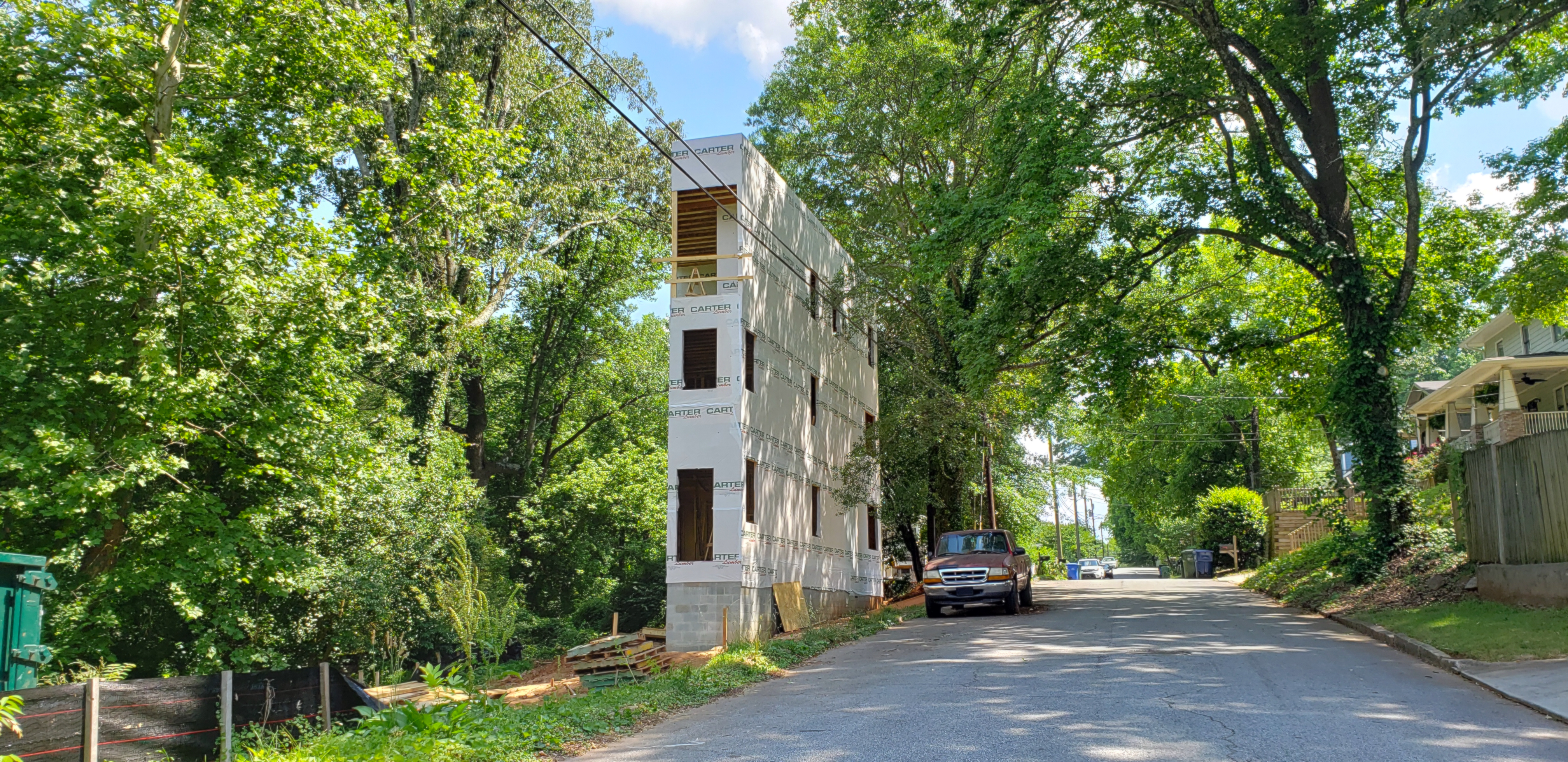 The Edgewood flatiron house project as seen this week.