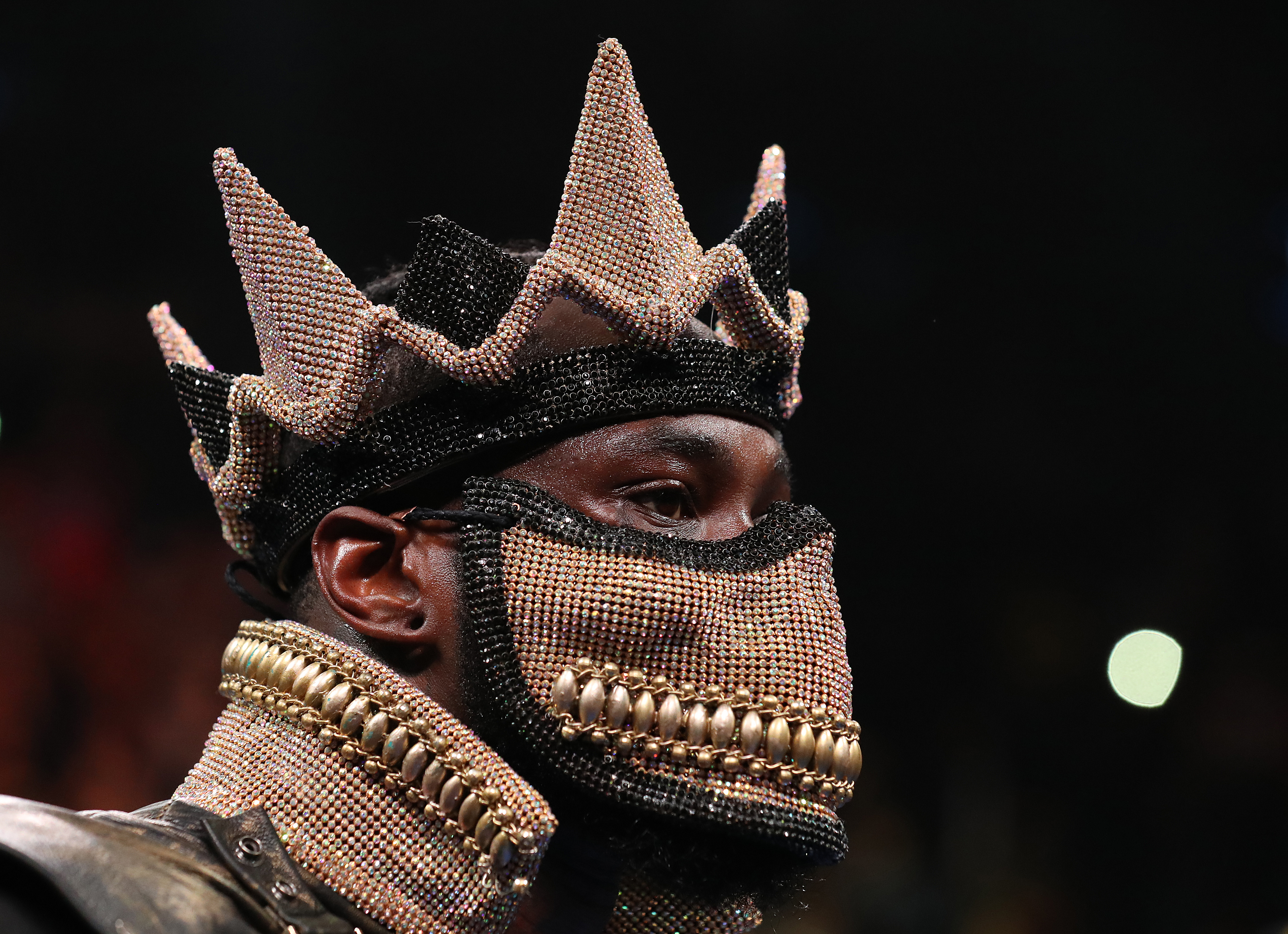 """<p zoompage-fontsize=""""15"""" style="""""""">Deontay Wilder v Dominic Breazeale"""