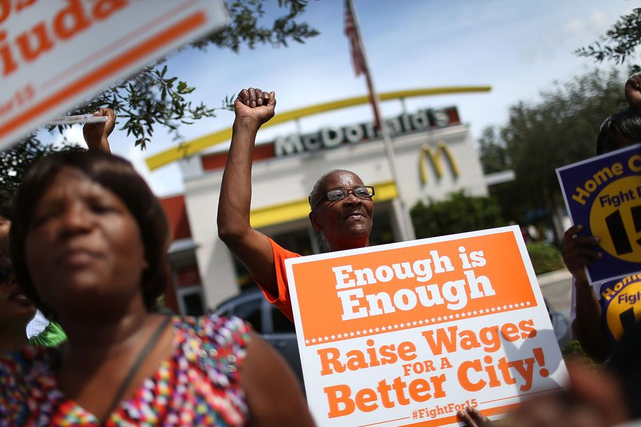McDonald's Workers Demonstrated Outside Shareholders' Meeting in Dallas