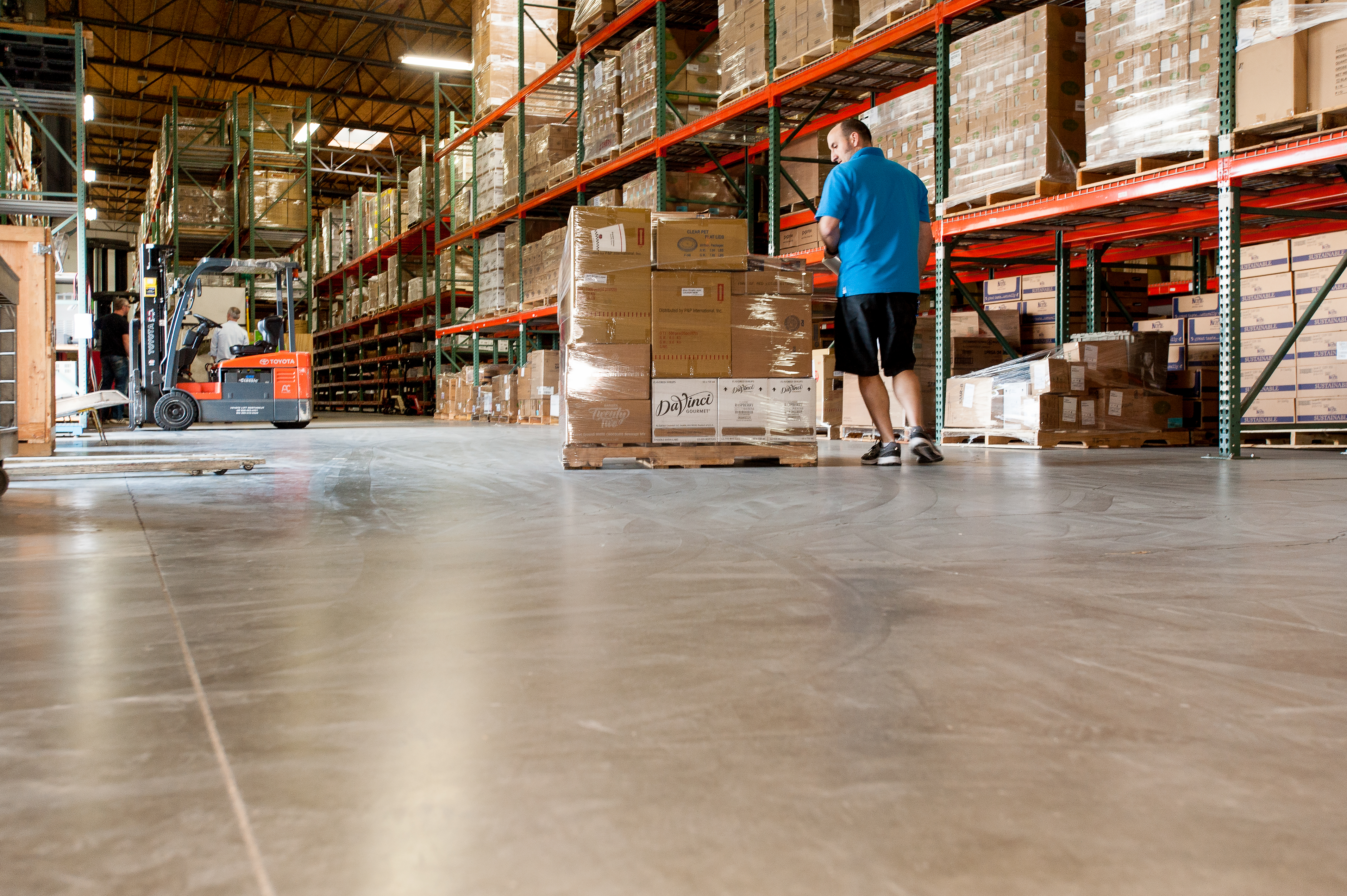 On-demand warehouses power today's hip consumer brands