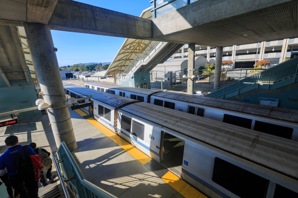 BART mulls fare hike—blames crime and grime for ridership decline