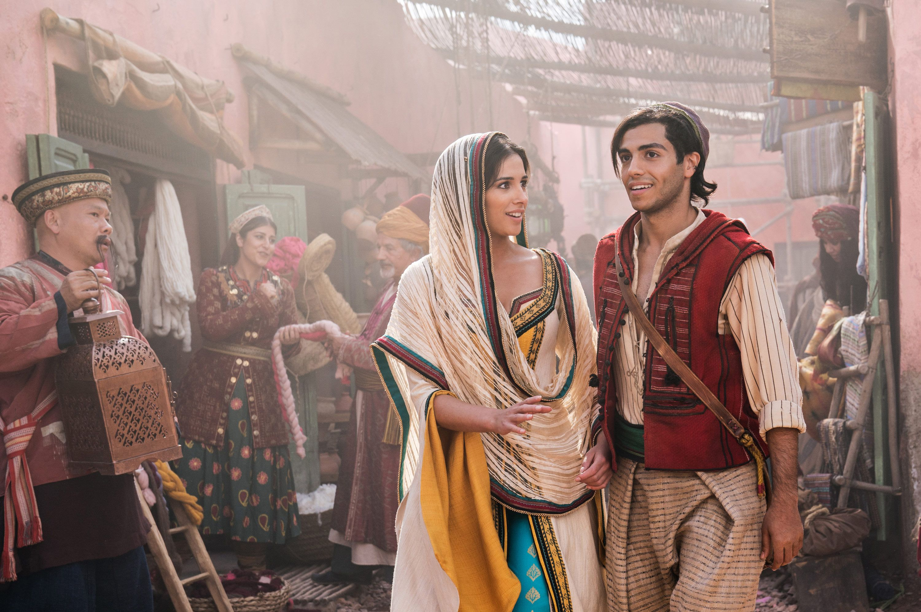 Aladdin remake opens strong, turns eyes toward July's Lion King