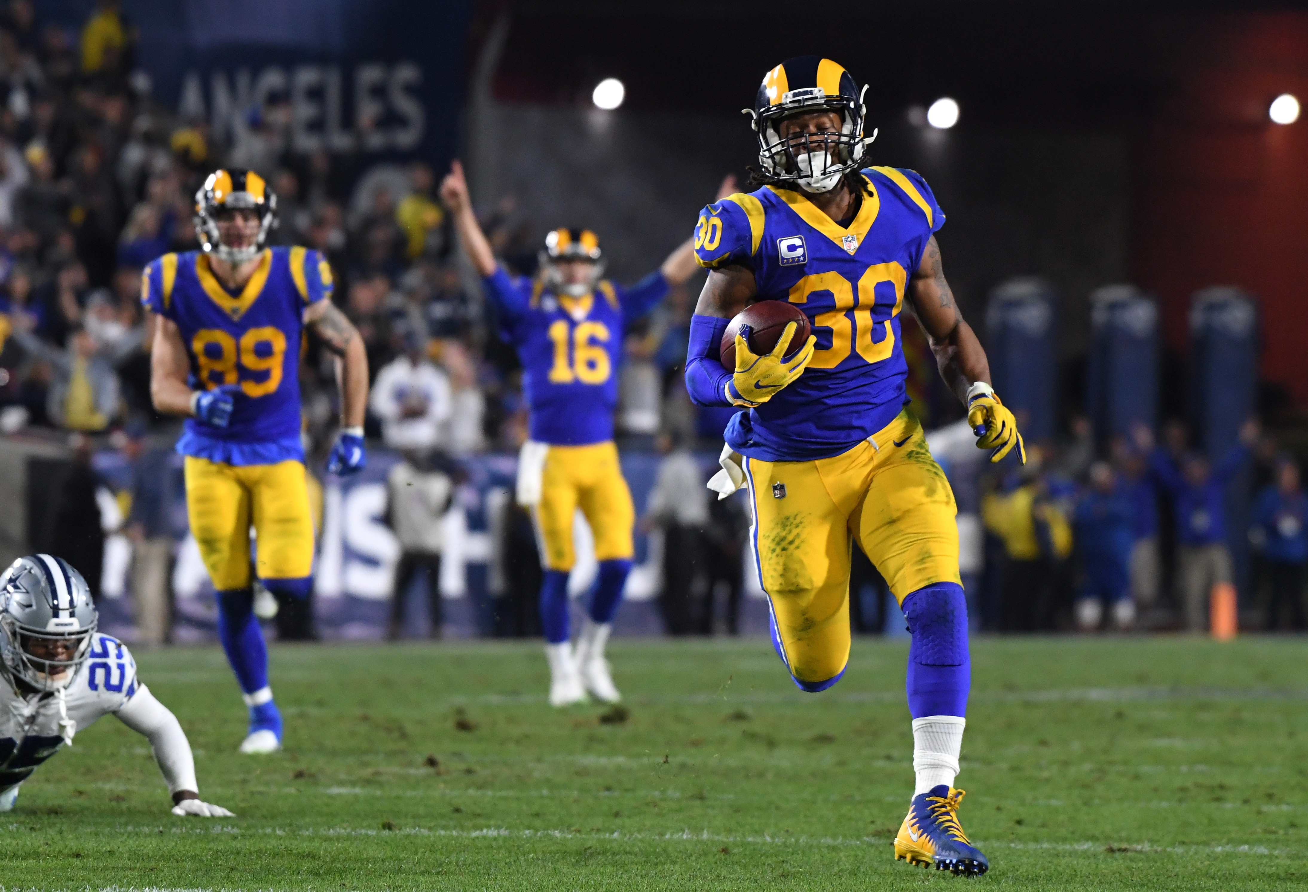 Los Angeles Rams RB Todd Gurley runs in a touchdown against the Dallas Cowboys, Jan. 12, 2019.