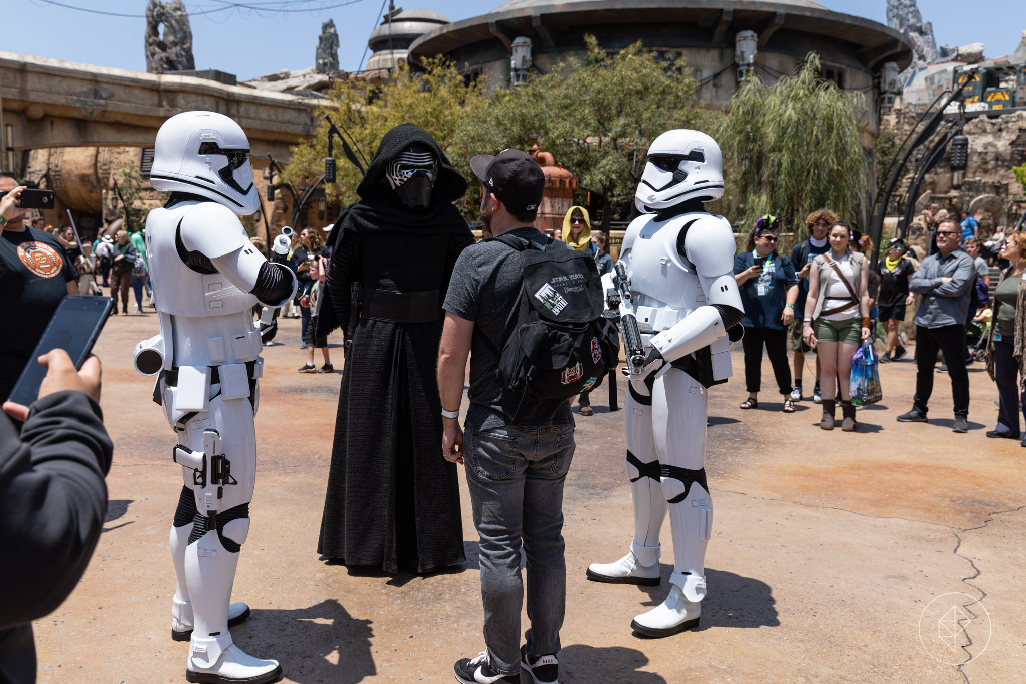 Here's what happened when my 4-hour slot at Galaxy's Edge ran out