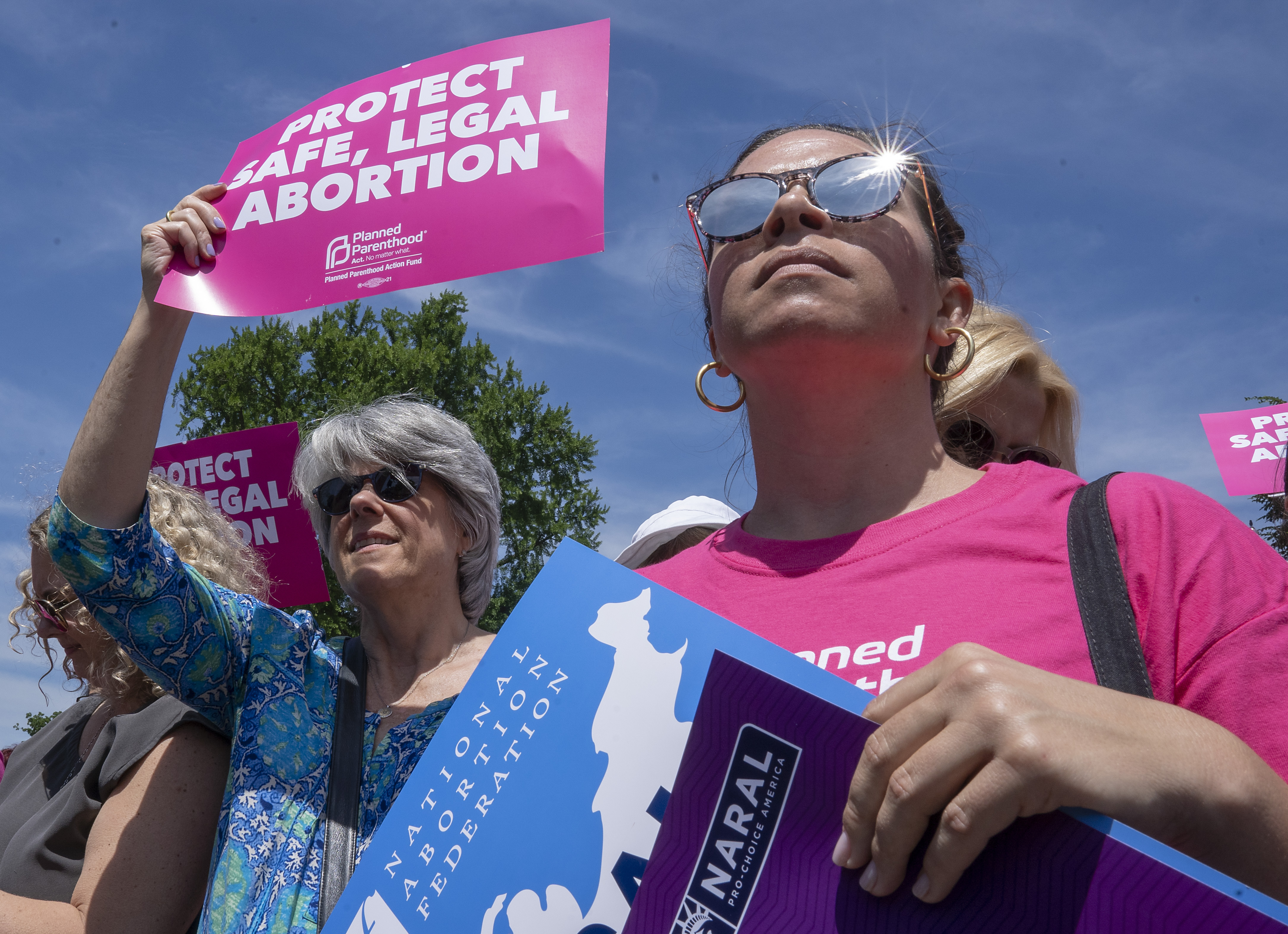 Poll: a growing number of Democratic voters are prioritizing gender-related issues