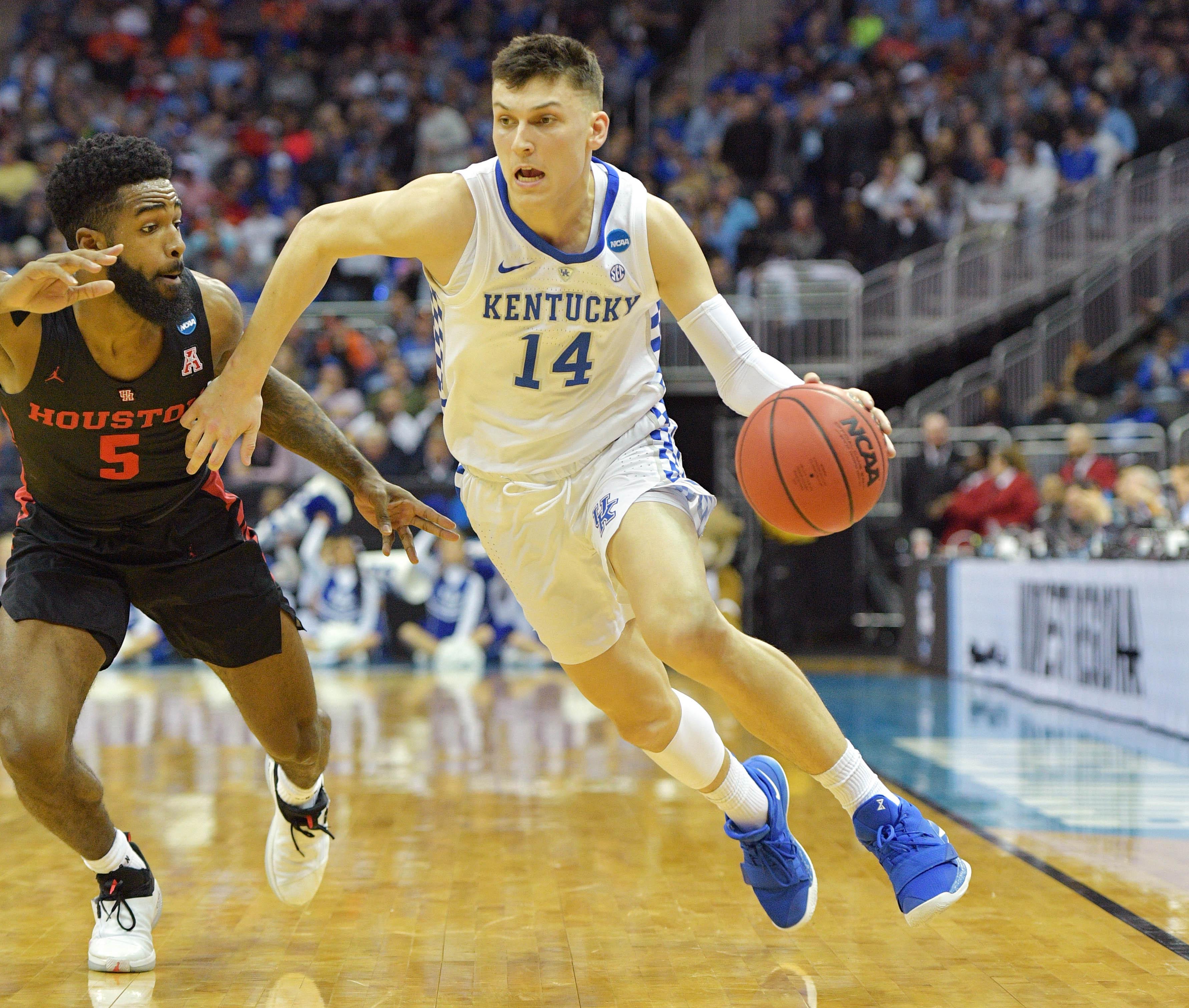 NCAA Basketball: NCAA Tournament-Midwest Regional-Houston vs Kentucky