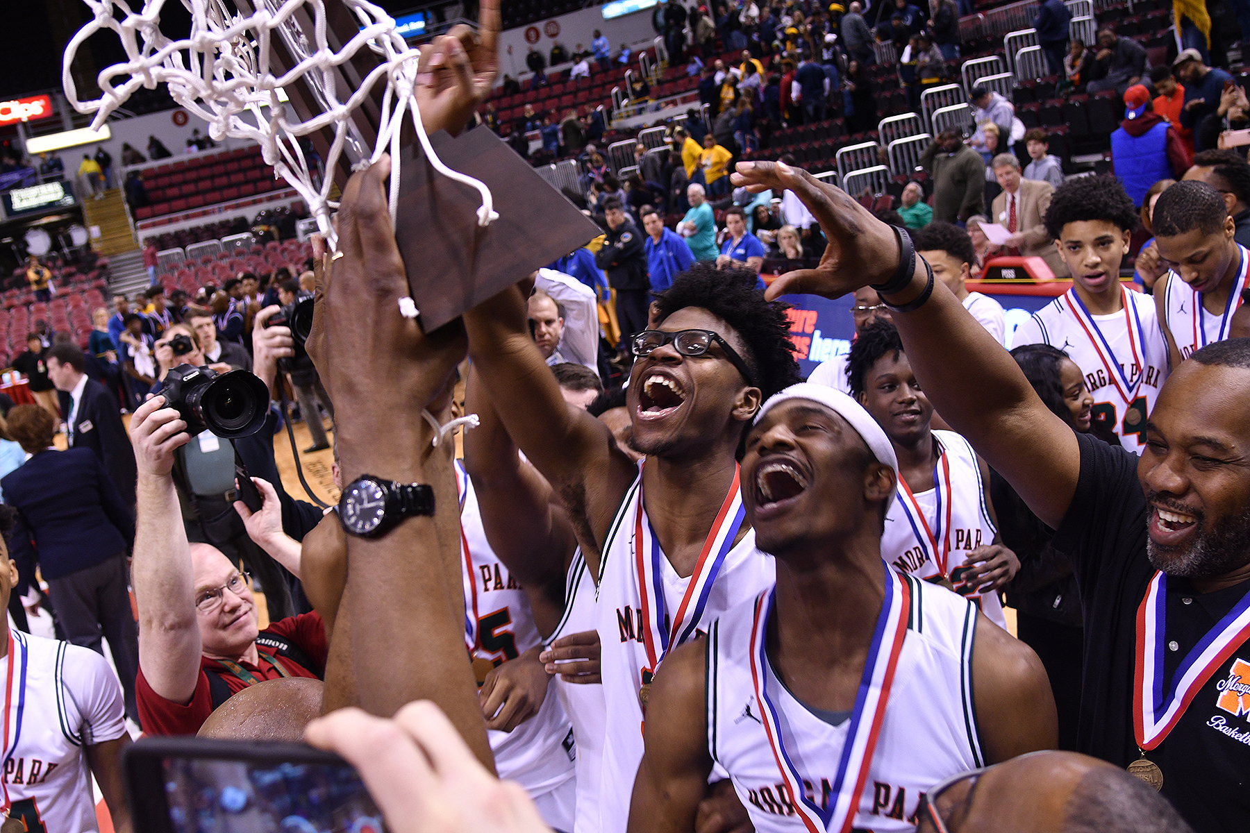 Morgan Park celebrates winning the Class 3A state title in 2018.