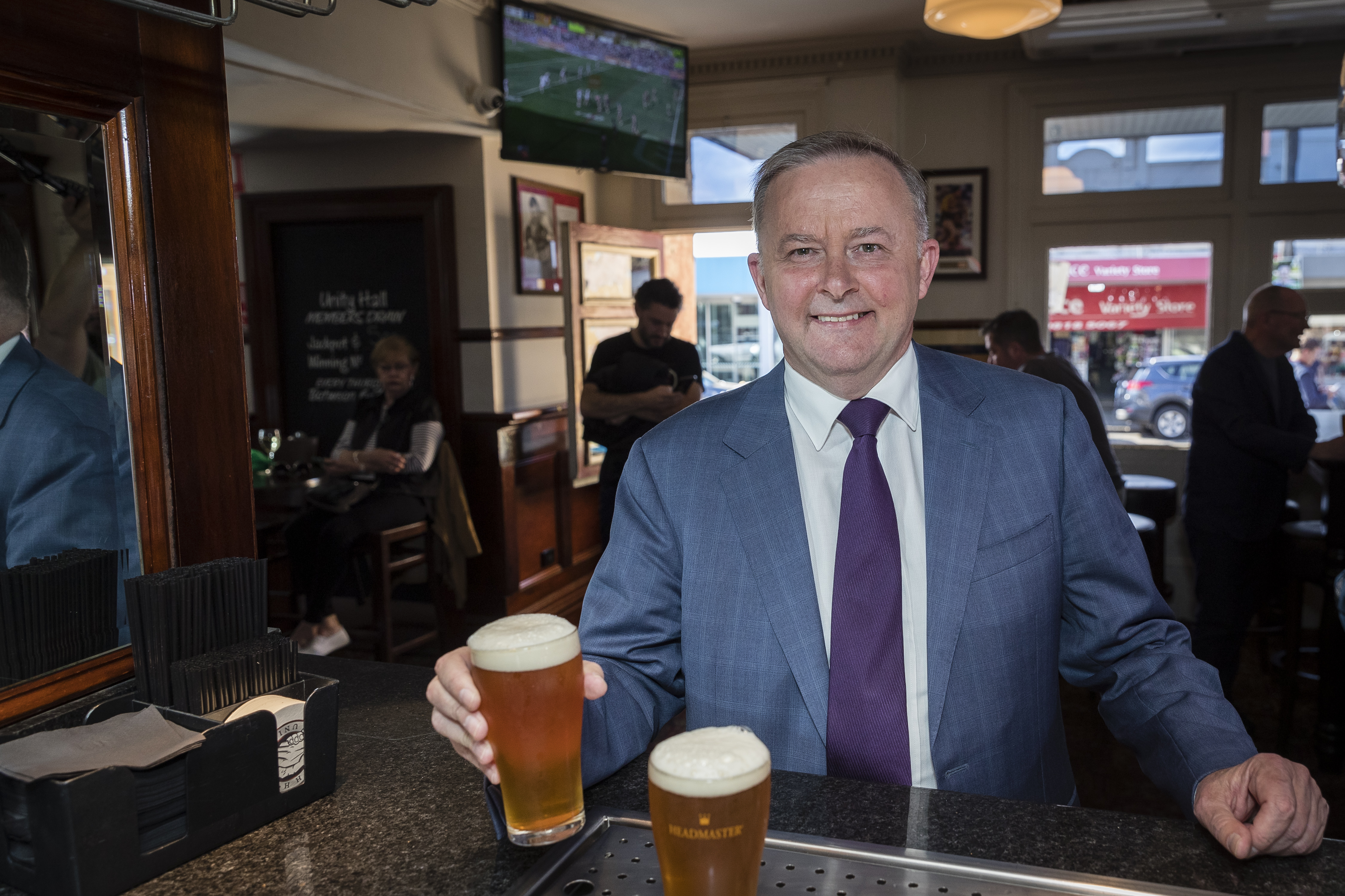 Anthony Albanese Announces He Will Run For Labor Leadership