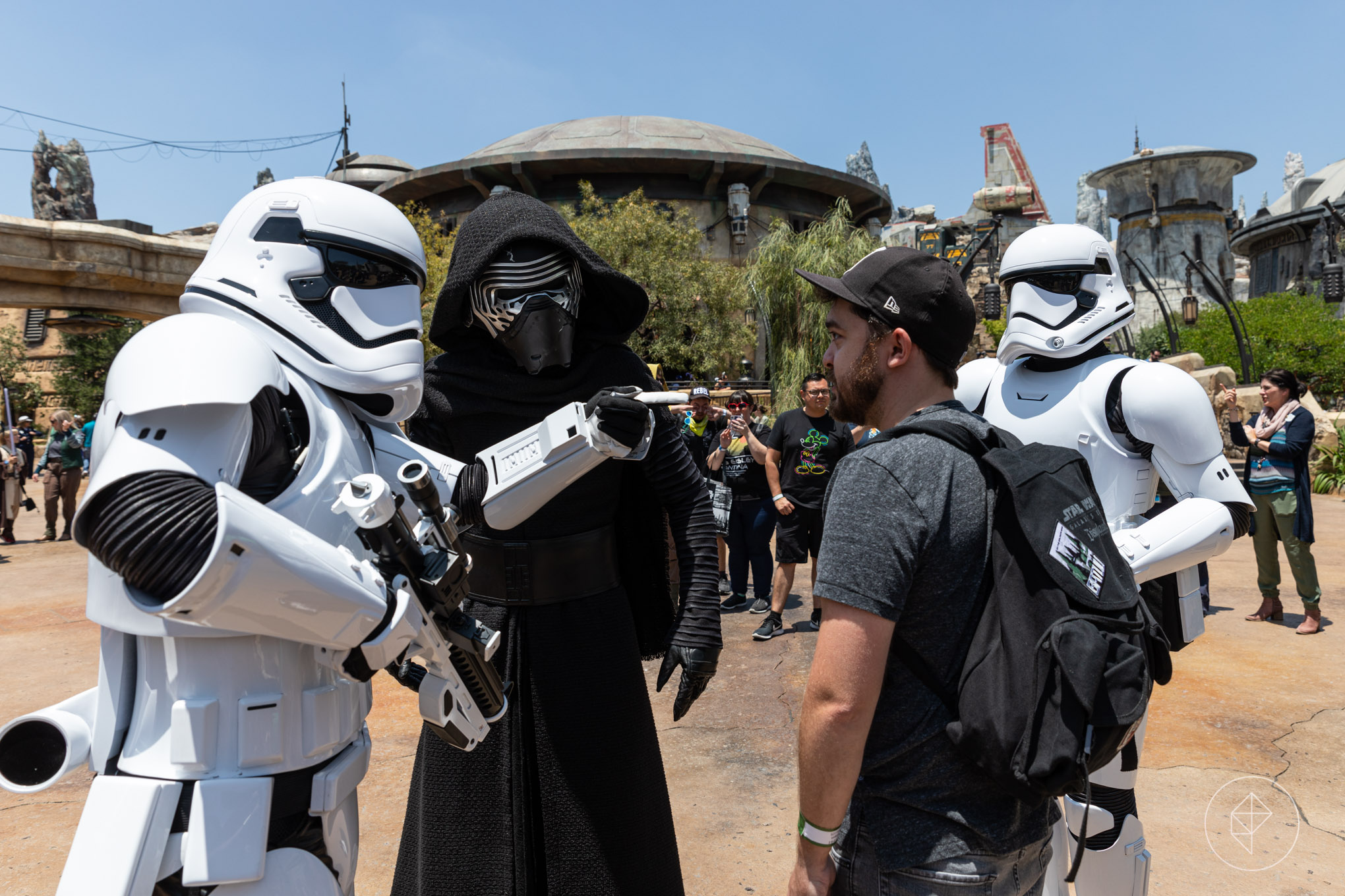 Star Wars: Galaxy's Edge's cast members are serious about staying in character