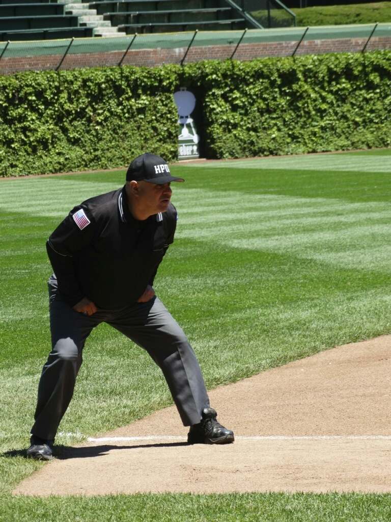 fe95ce4cb7d Longtime umpire says unruly coaches, parents creating shortage of umps in  Chicago
