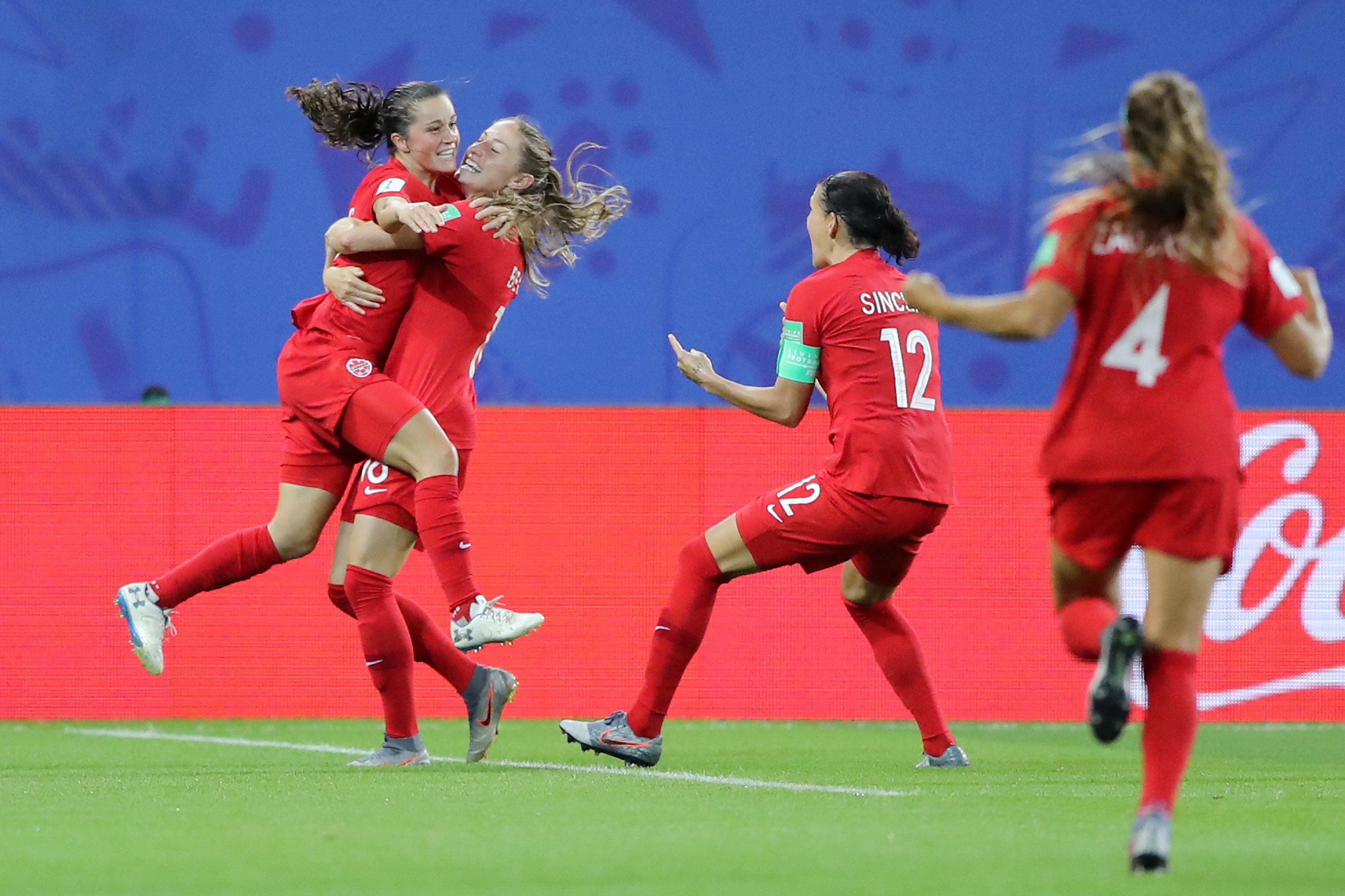 Jessie Fleming scores - Canada v New Zealand: Group E - 2019 FIFA Women's World Cup France