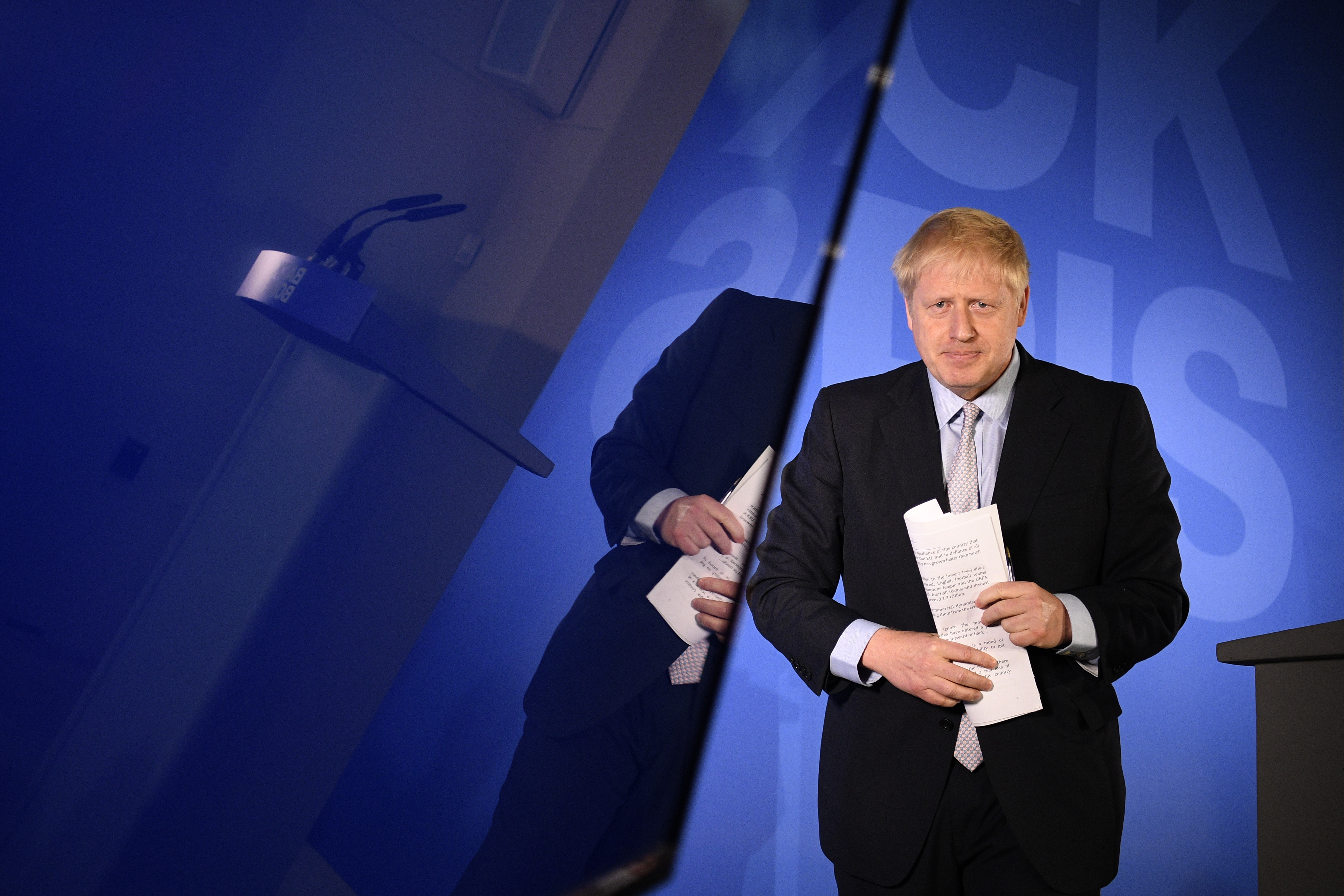 Boris Johnson Scarfed a Takeaway While His Tory Leadership Rivals Argued About Brexit