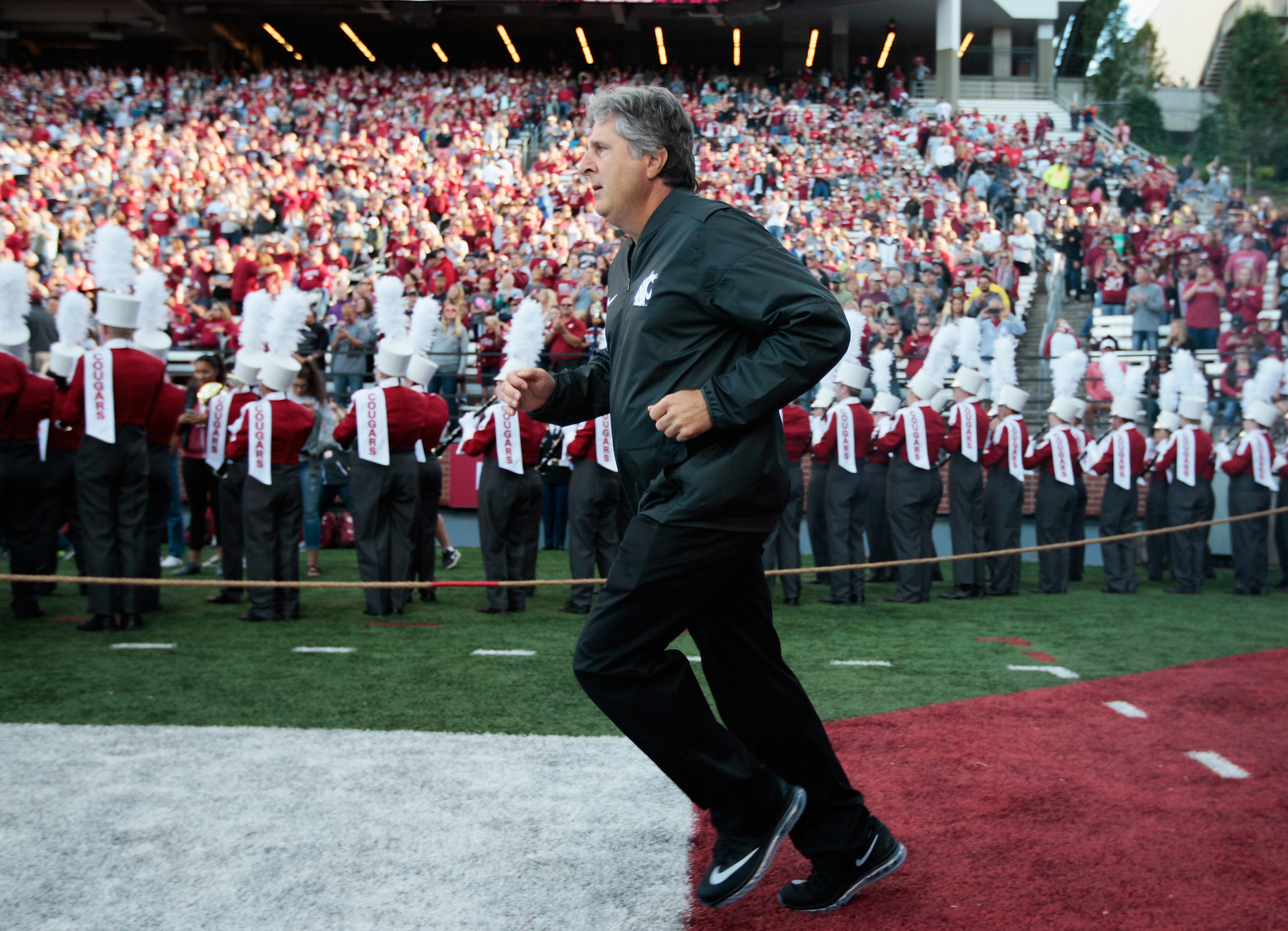 Mike Leach gets weirder (and Washington State gets better) with age