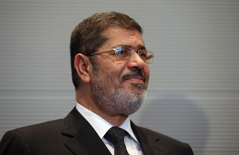 Former Egyptian president Mohamed Morsi dies in courtroom