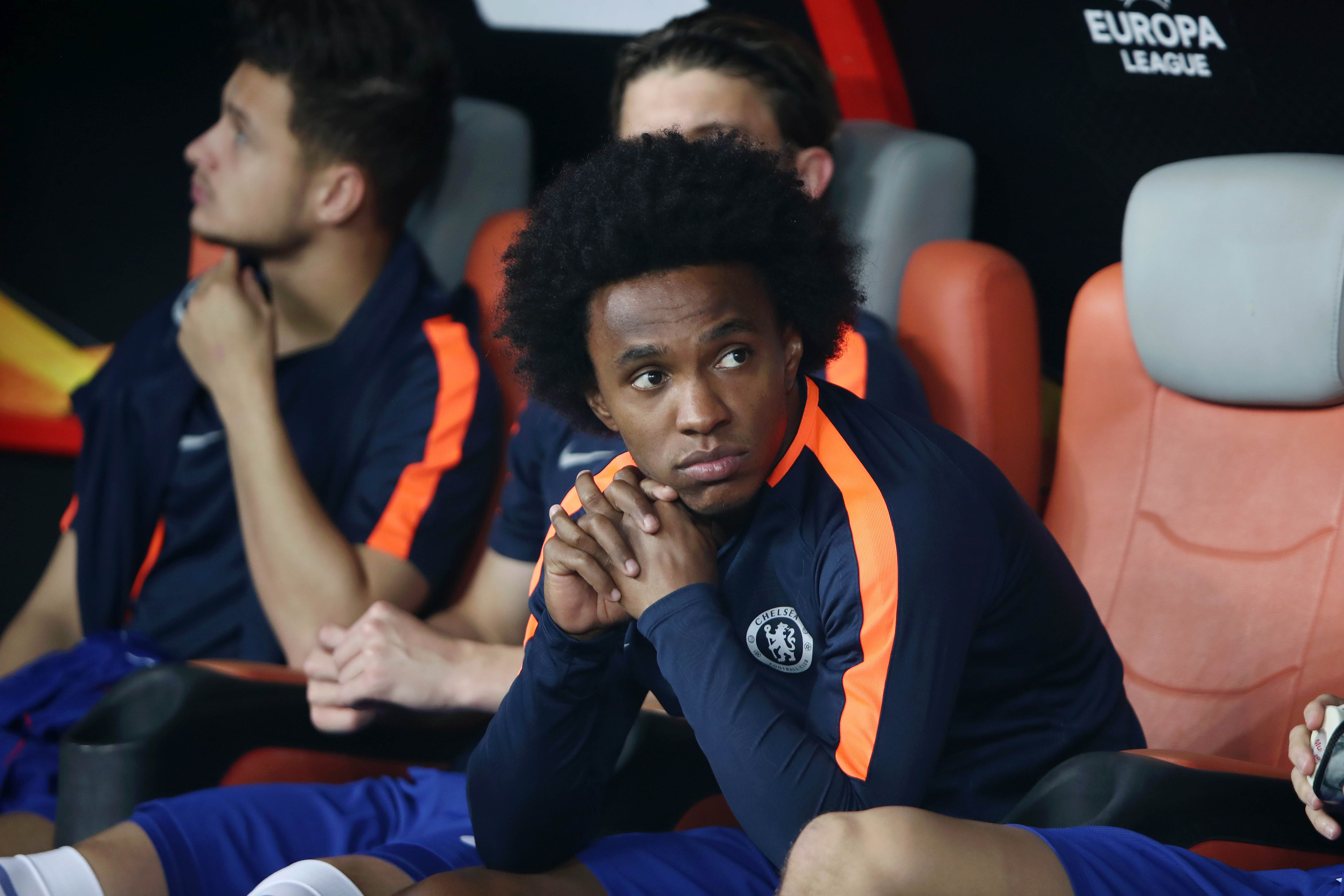 Chelsea only prepared to offer one-year contract extension to Willian — report
