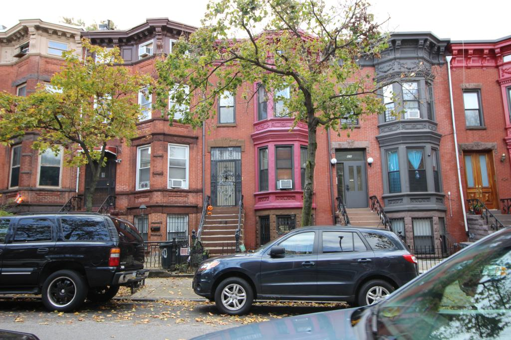 The Ultimate Guide To Dealing With Your NYC Neighbors