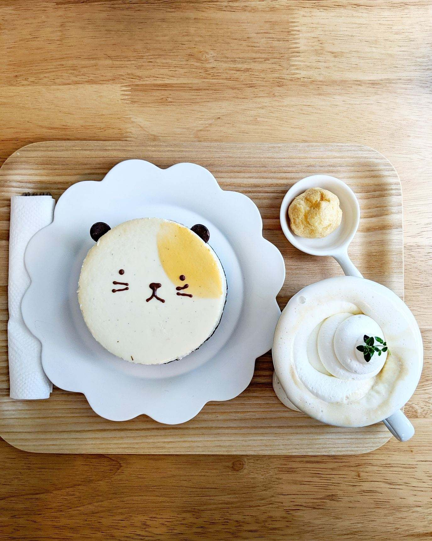 There's A New Korean Cafe Serving Adorable Desserts on East Burnside