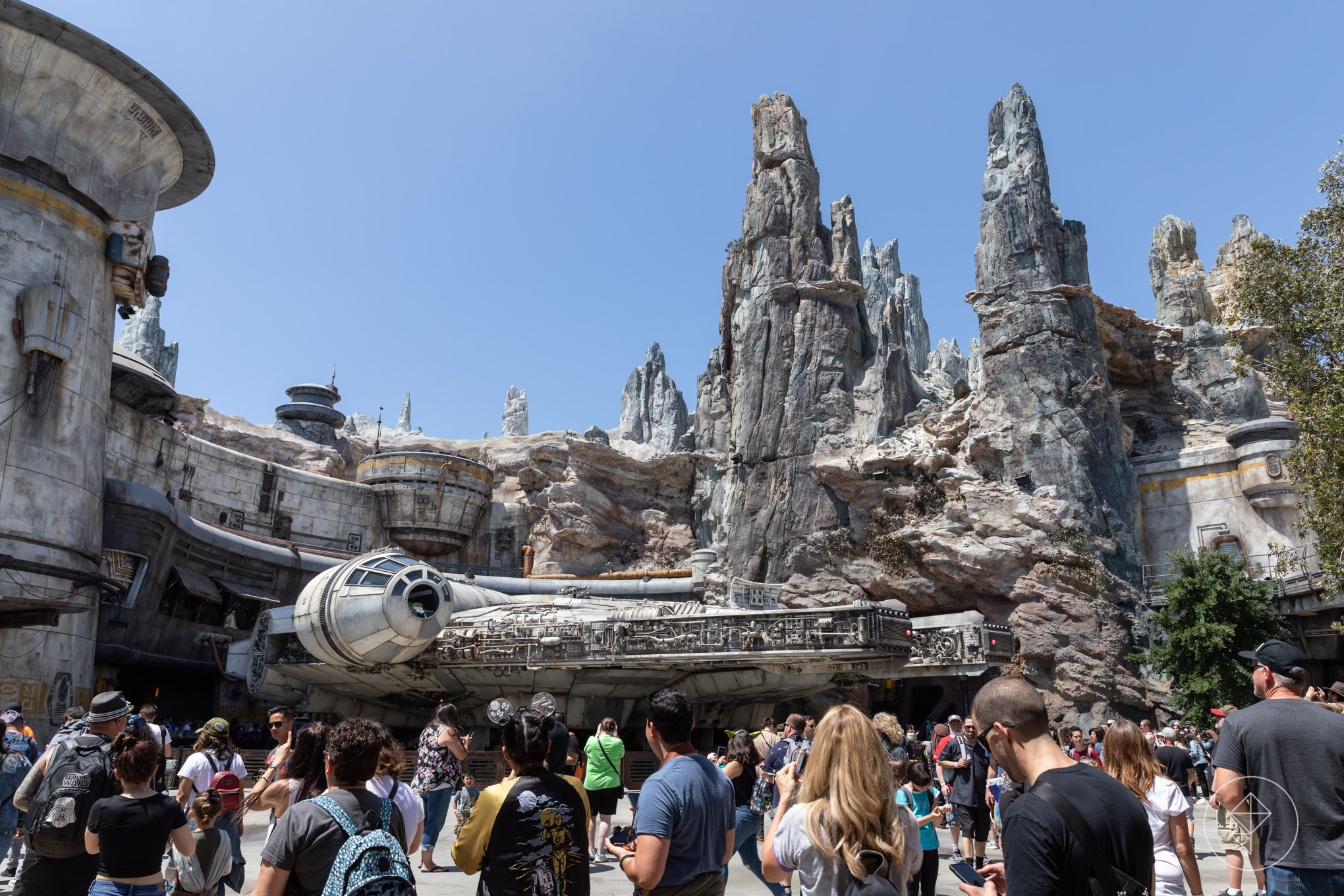 How to enter Disneyland's Galaxy's Edge without reservations