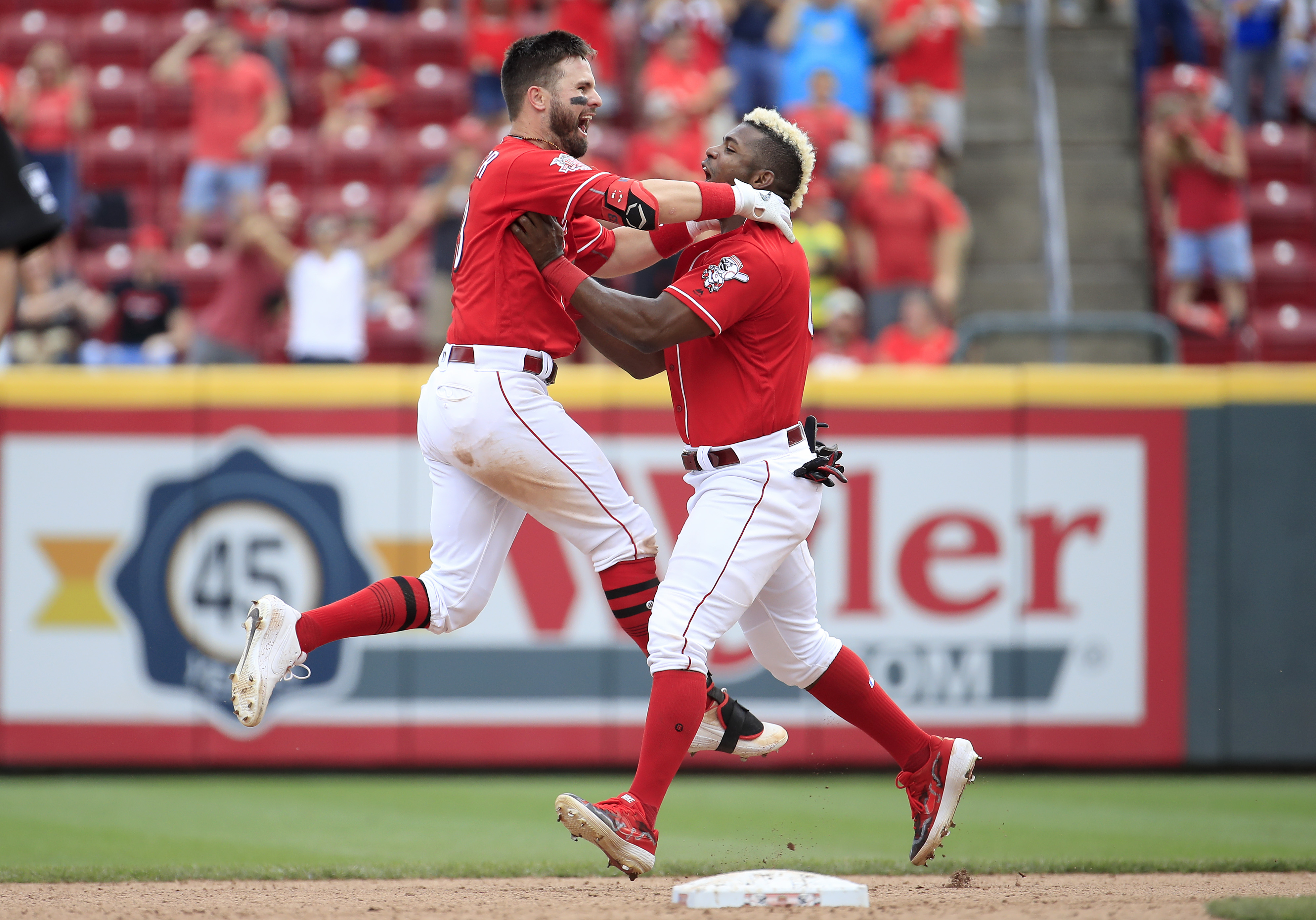 Houston Astros v Cincinnati Reds