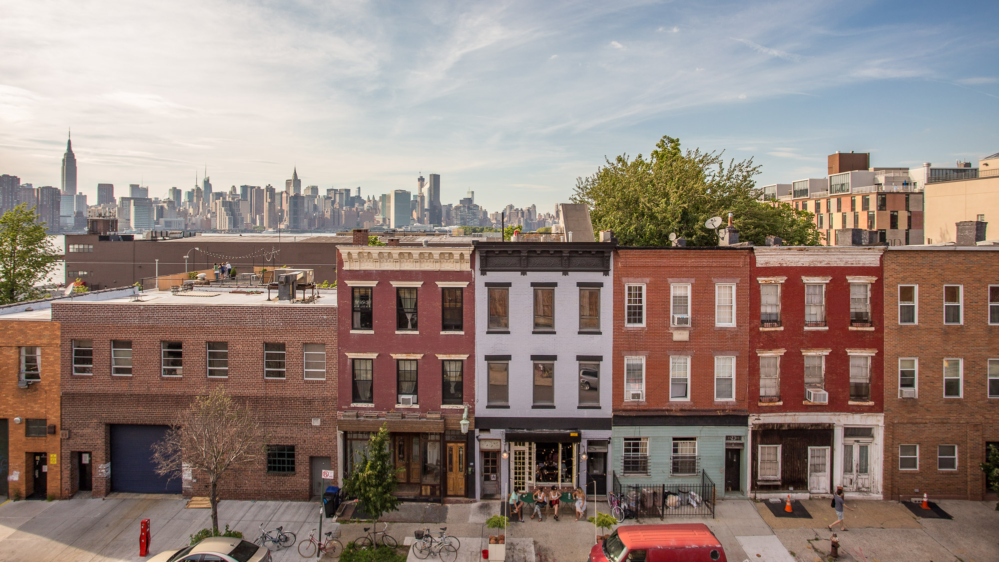 Nearly half of NYC listings are within a block of construction