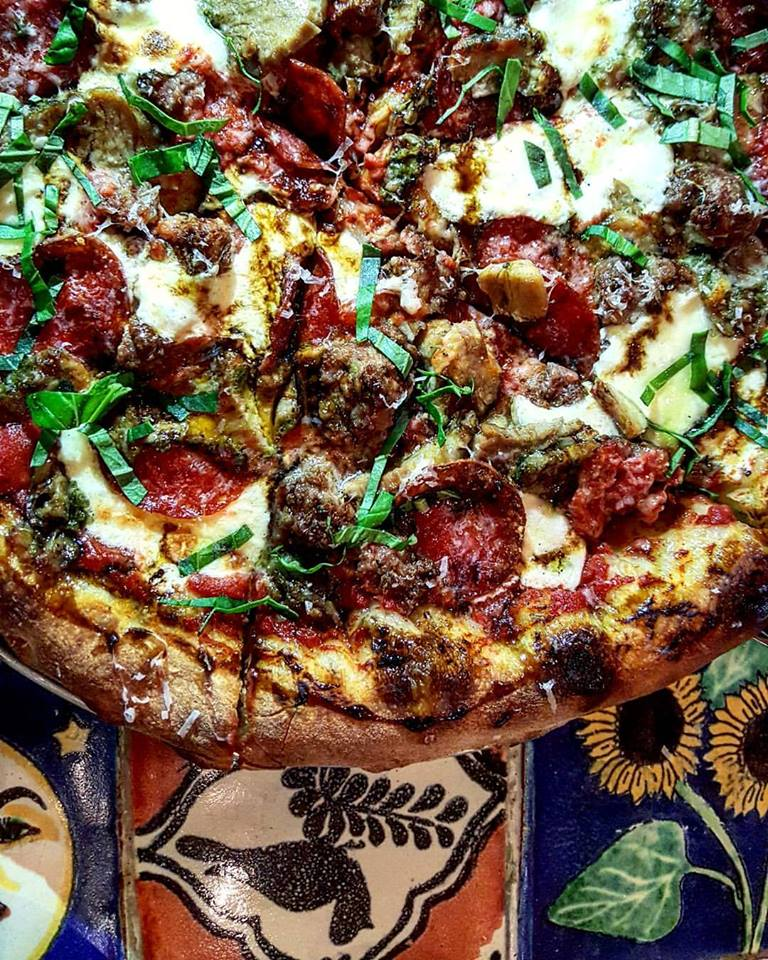 A Pizza-Filled Arlington Restaurant Will Close This Week