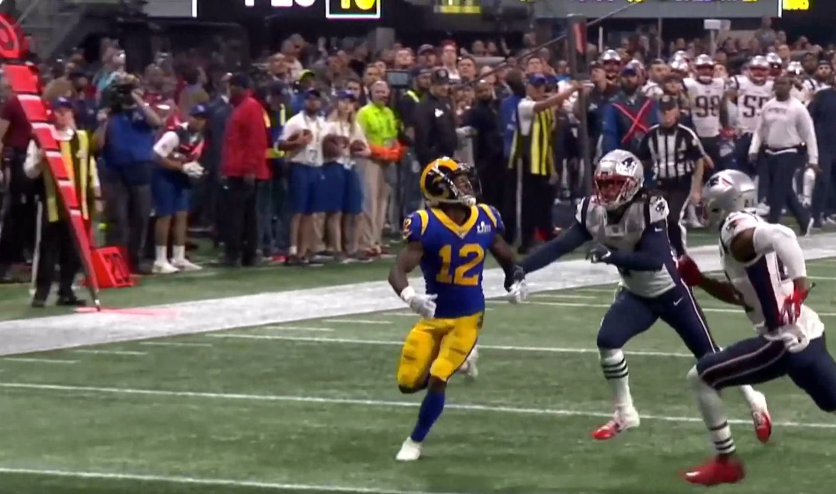 New England Patriots CB Stephon Gilmore defends Los Angeles Rams WR Brandin Cooks in Super Bowl LIII, Feb. 3, 2019.