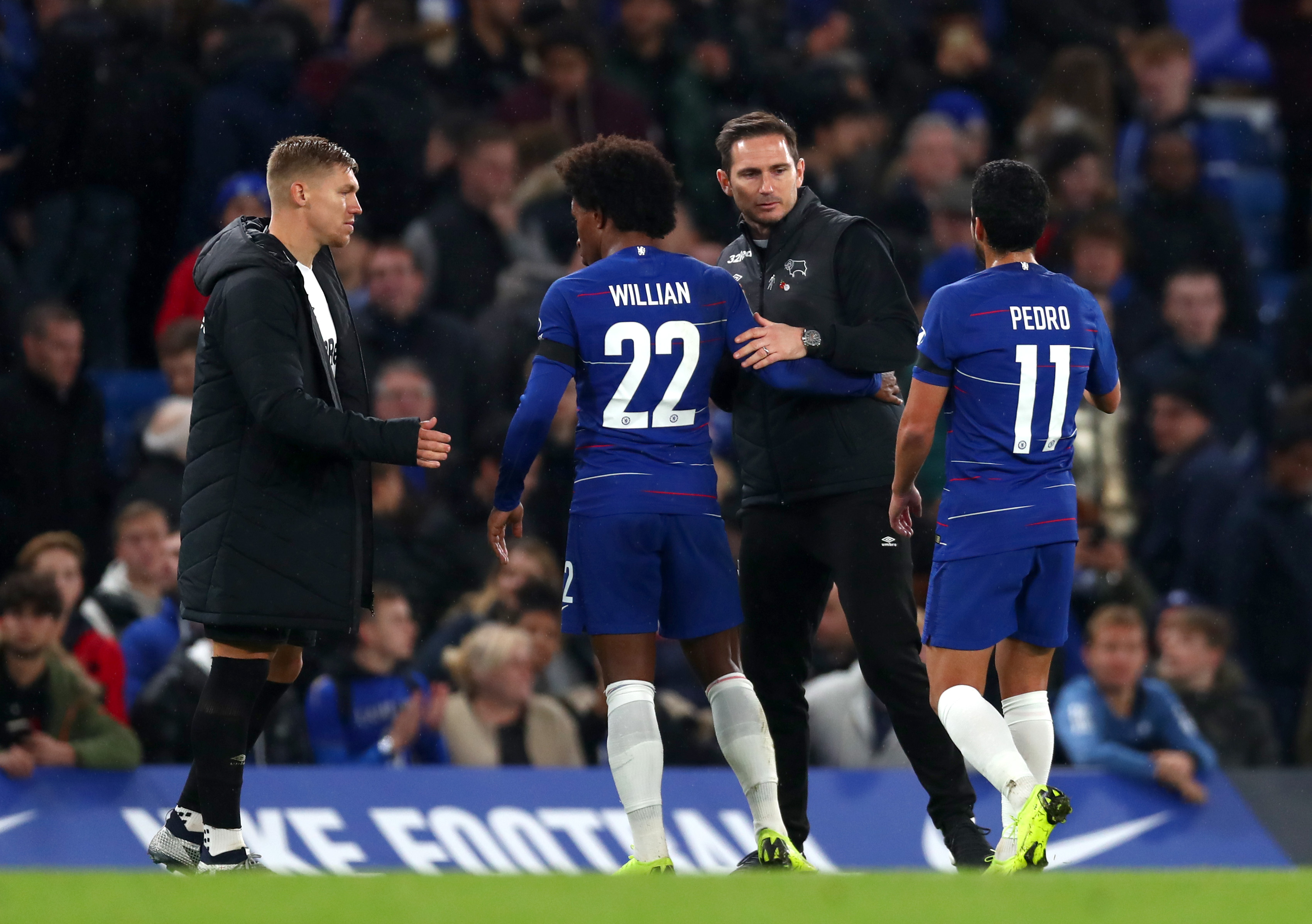Chelsea finally make 'official approach' for Frank Lampard