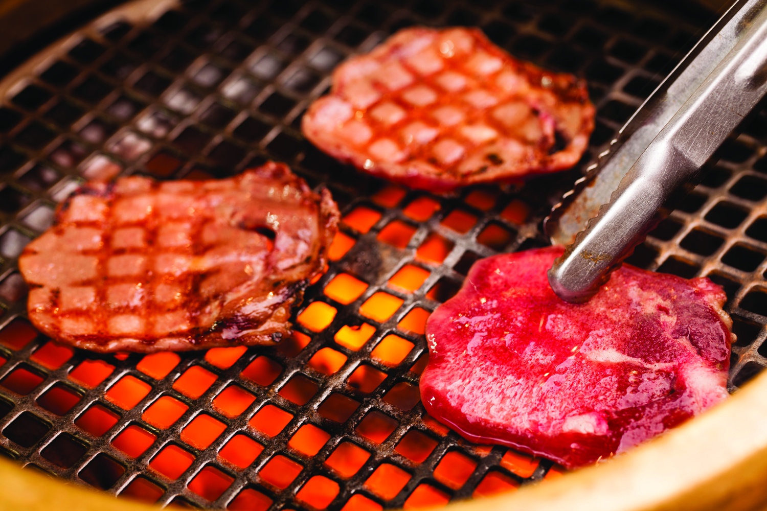 Japanese Barbecue Bringing Grill-Your-Own-Meats to the Gaslamp