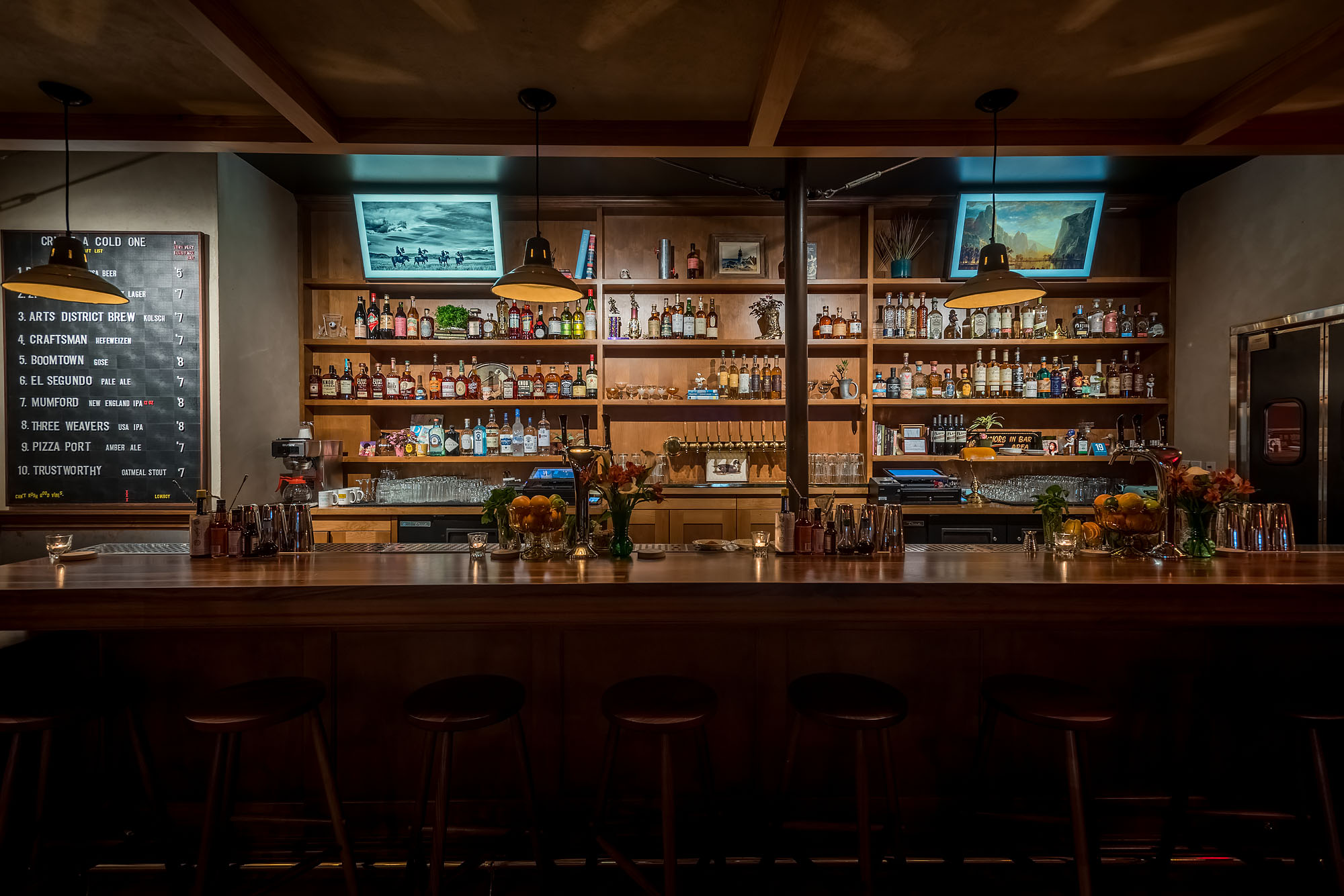 Echo Park's Newest Cocktail Bar Is a Mellow, Moody Hideout
