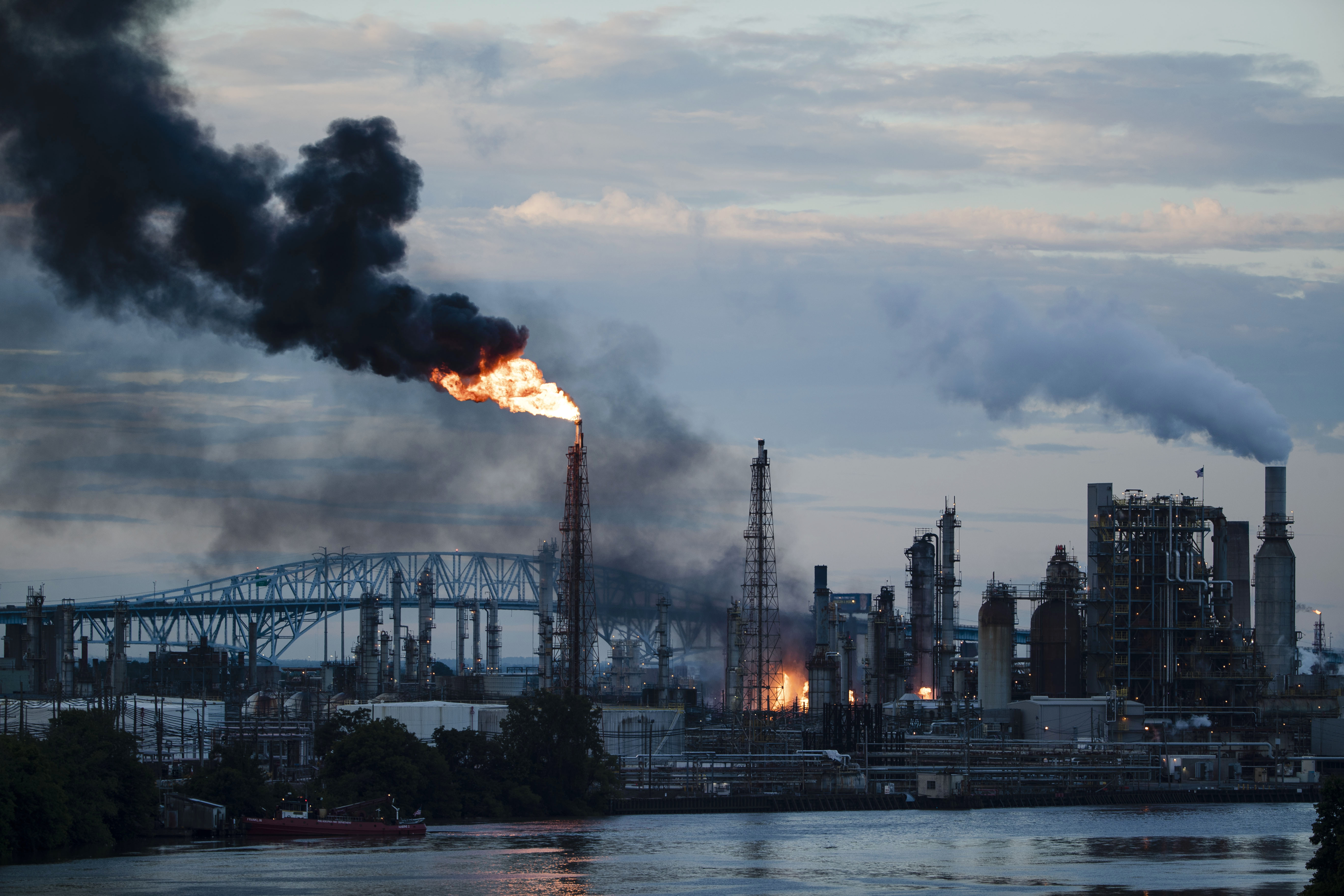 PES to permanently shut down oil refinery after explosion, mayor says
