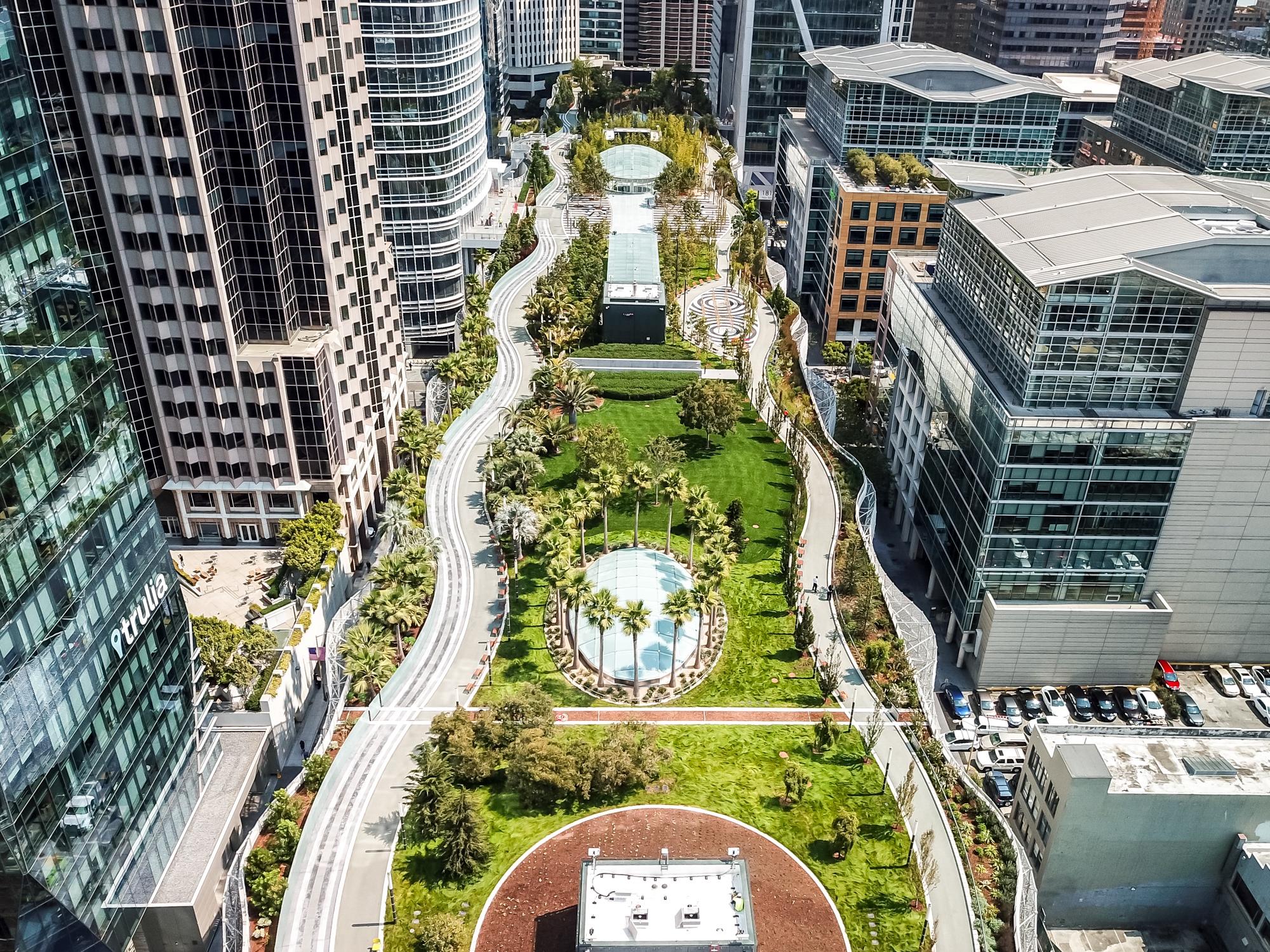 Aerial photo of Salesforce Park.