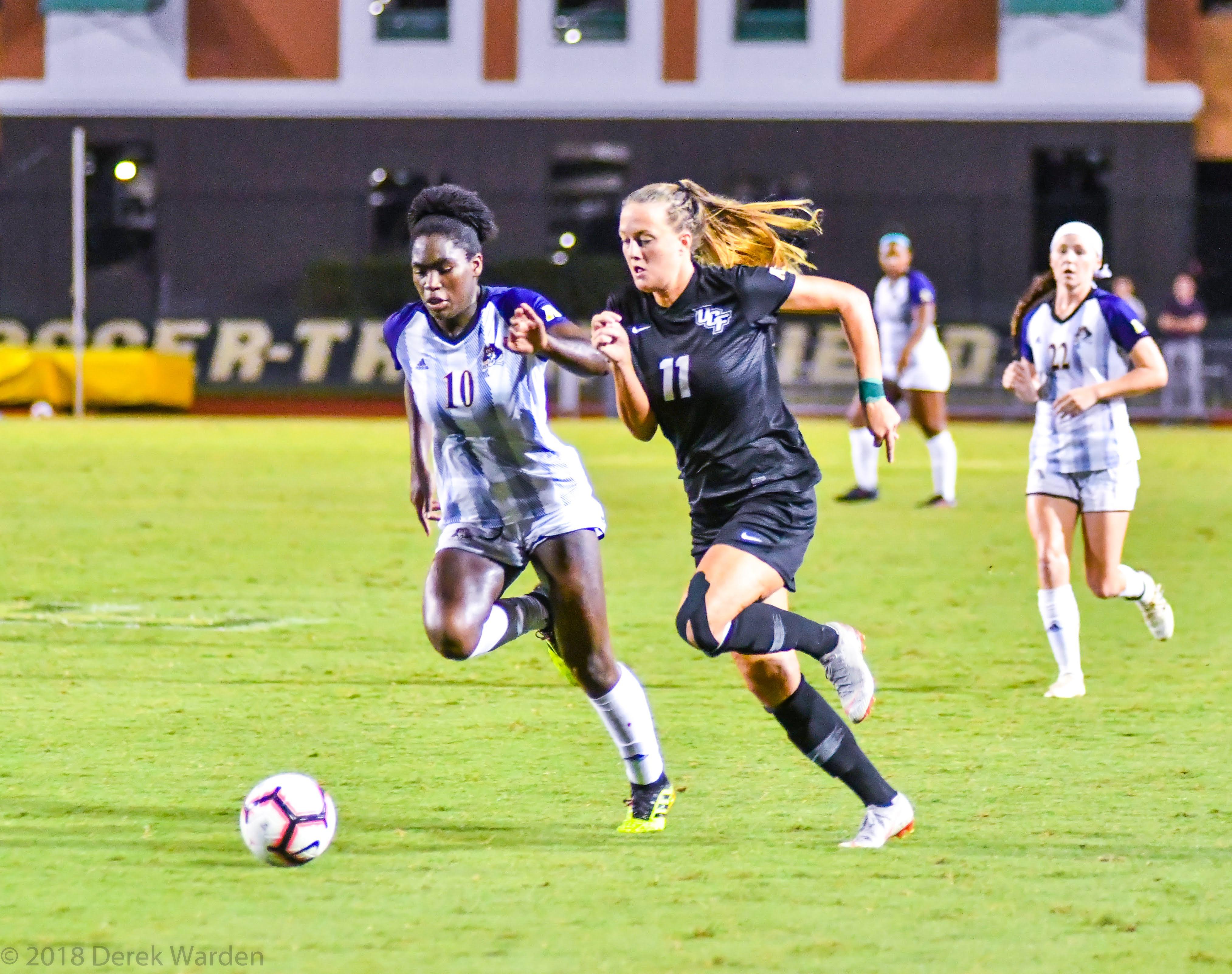 Stefanie Sanders UCF Women's Soccer