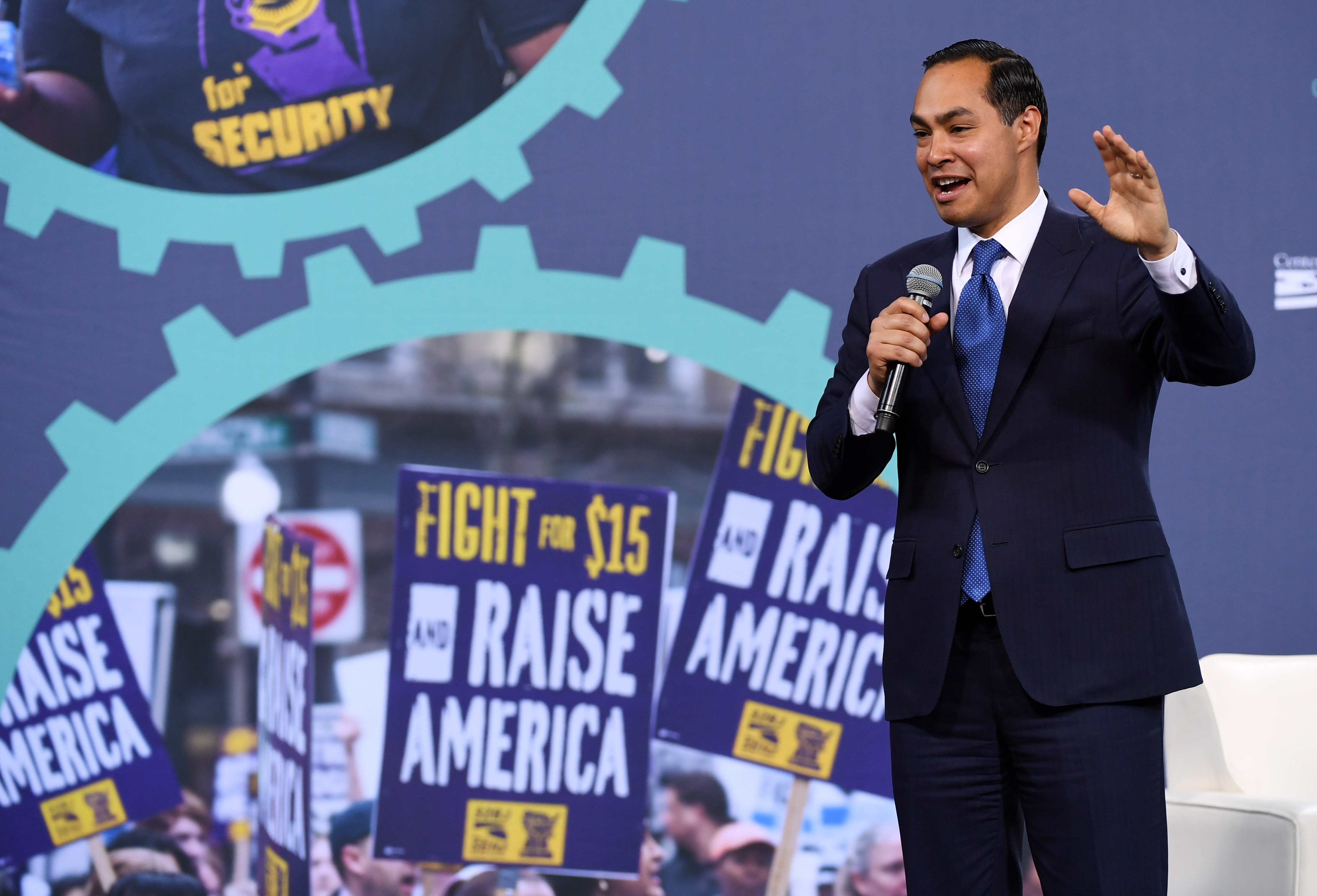 Where the 2020 candidates stand on raising the federal minimum wage