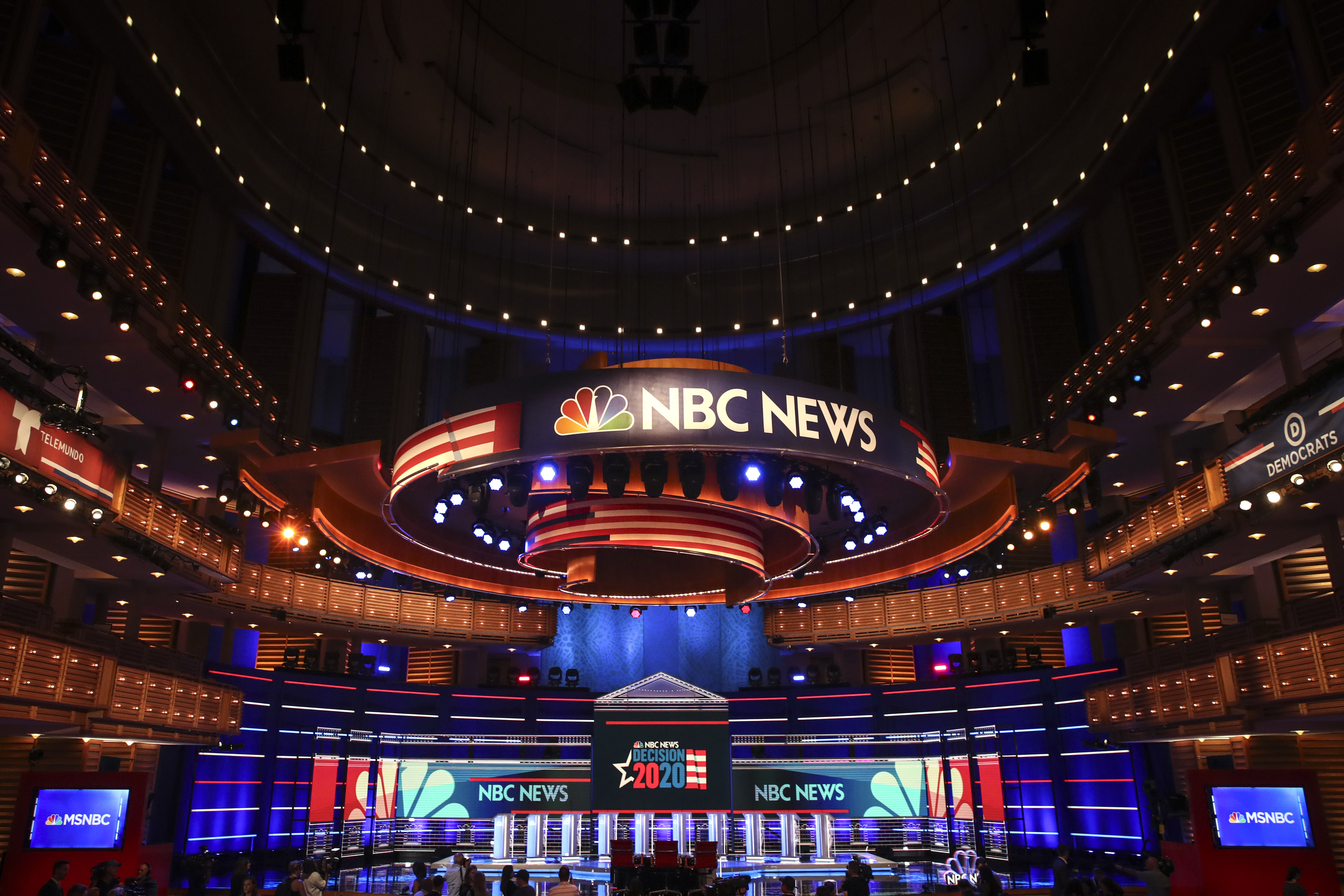 Democratic 2020 presidential contenders should elaborate on what sets them apart on climate change during the debates, an issue where many of them otherwise agree.