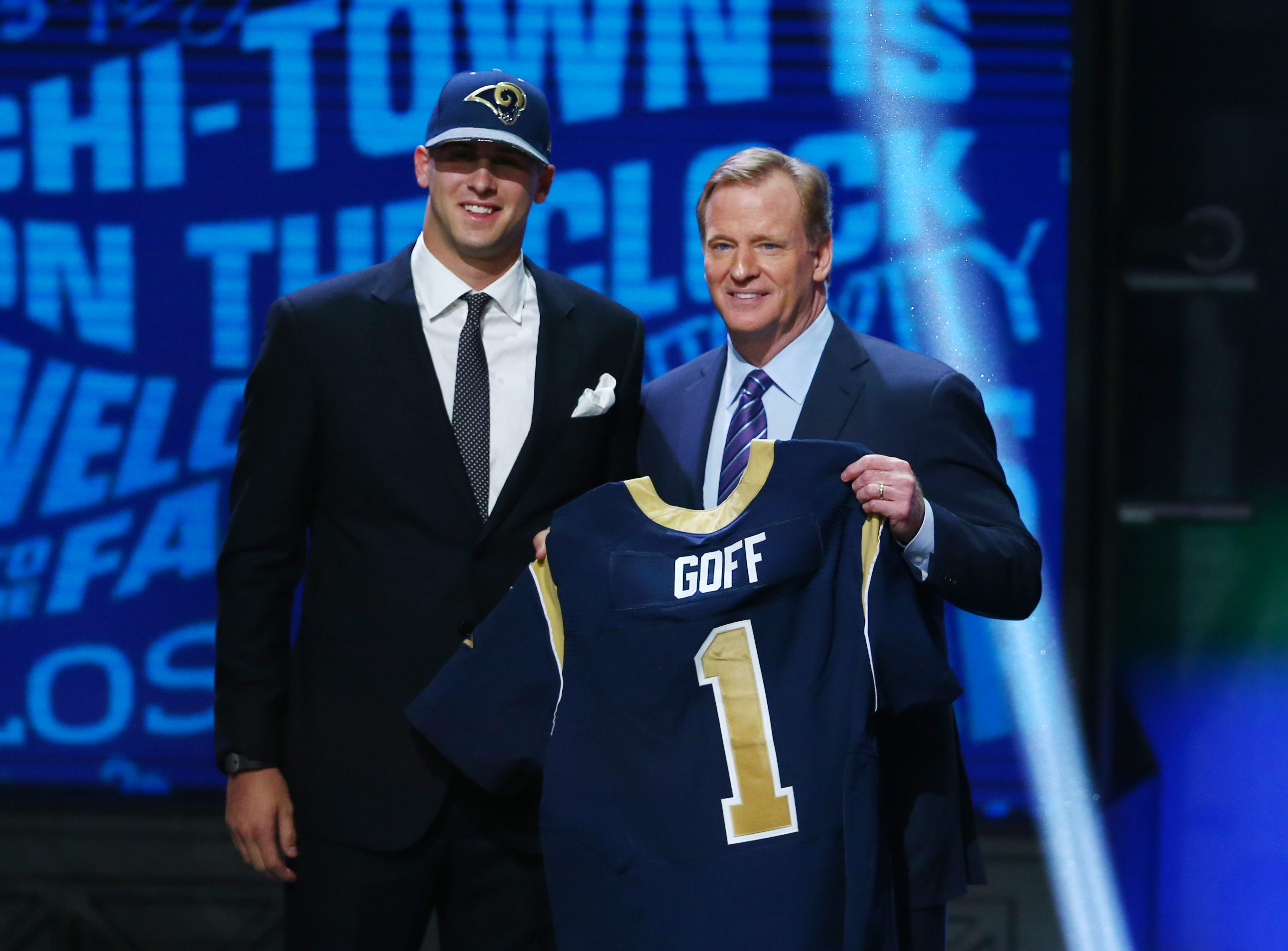 QB Jared Goff poses with NFL Commissioner Roger Goodell after being taken with the #1 overall pick in the 2016 NFL Draft by the Los Angeles Rams, Apr. 28, 2016.
