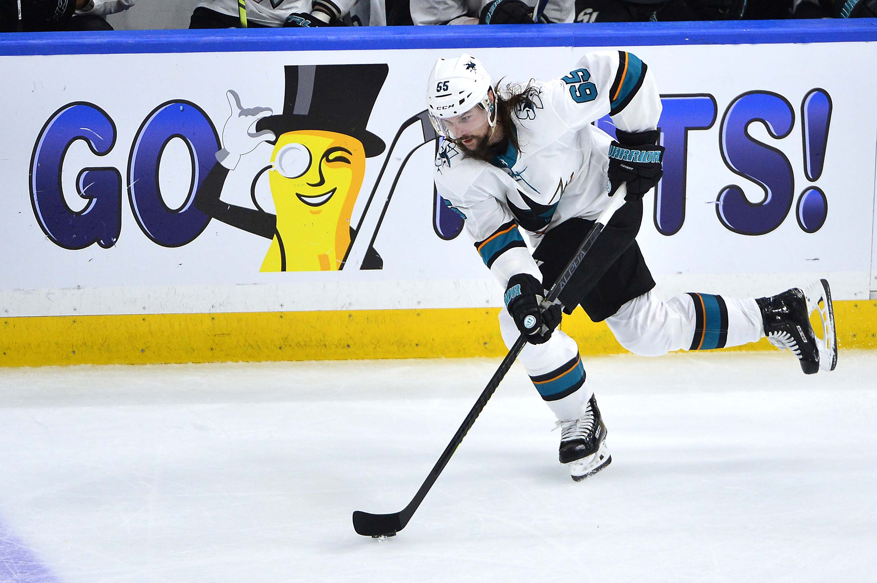 May 17, 2019; St. Louis, MO, USA; San Jose Sharks defenseman Erik Karlsson (65) handles the puck during the third period in game four of the Western Conference Final of the 2019 Stanley Cup Playoffs against the St. Louis Blues at Enterprise Center.