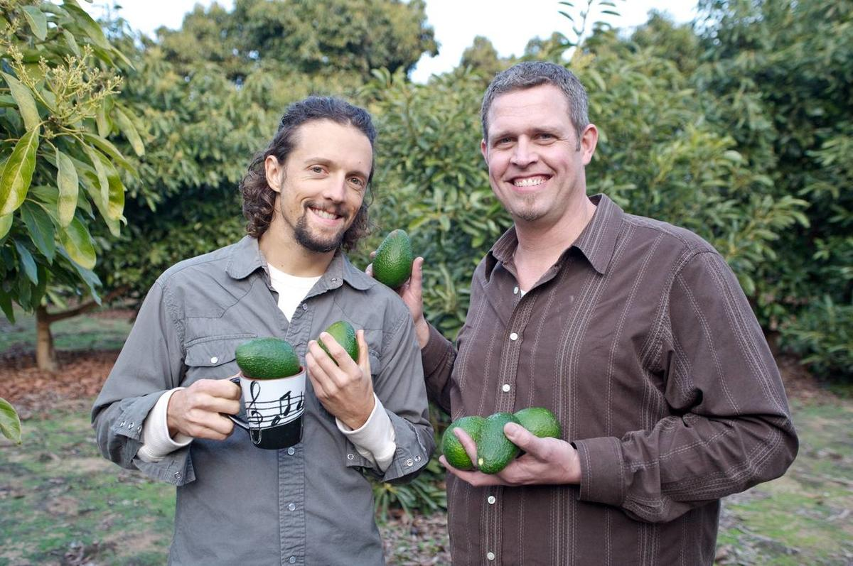 """""""In Search of Food 2"""" host Scott Pampuch with singer Jason Mraz at Mraz' avacado farm in California. Mraz challenges Pampuch to make a raw vegan meal."""