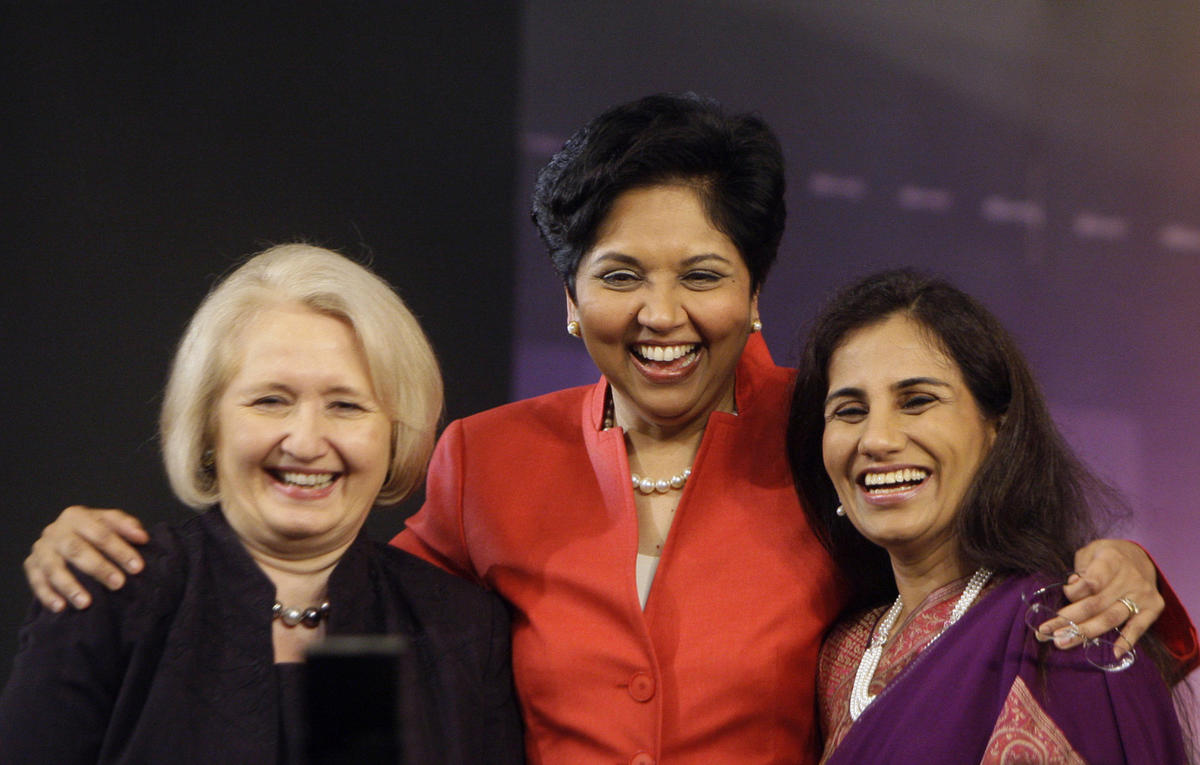 PepsiCo Chairman Indra Nooyi, center, poses for photographs along with ICICI Bank Chief Executive Chanda Kochhar, right, and U.S. Ambassador-at-Large for Global Women's Issues Melanne Verveer, after a session on female talent at the India Economic Summit