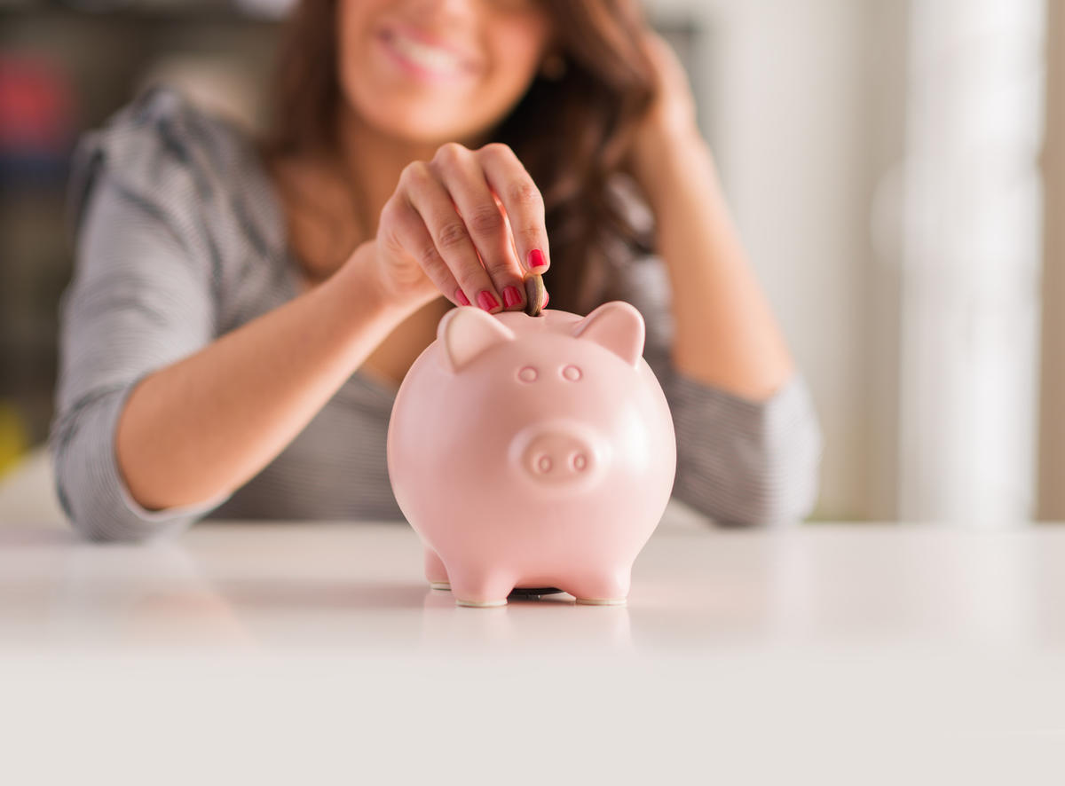 A mother asks about a savings account for her child.