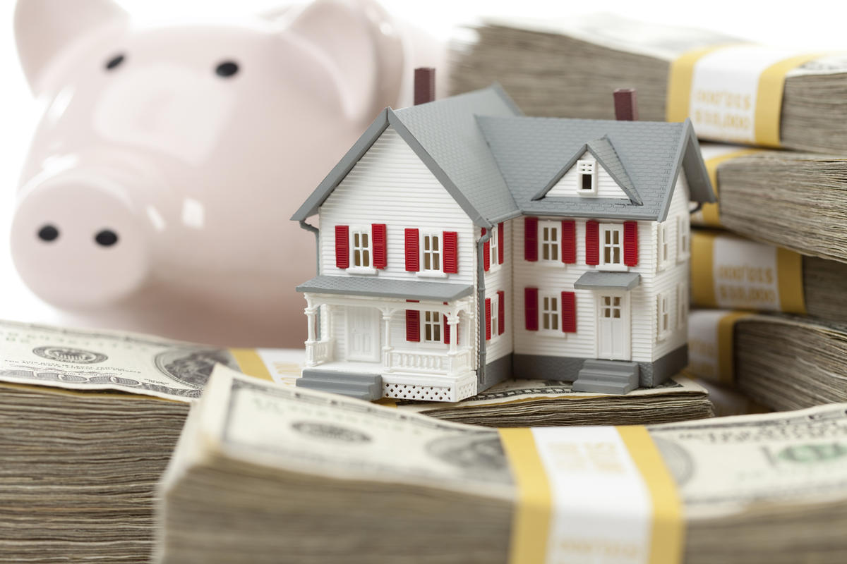 Plan on tapping into your home equity to make a springtime splurge? Michelle Singletary shares some things to consider.
