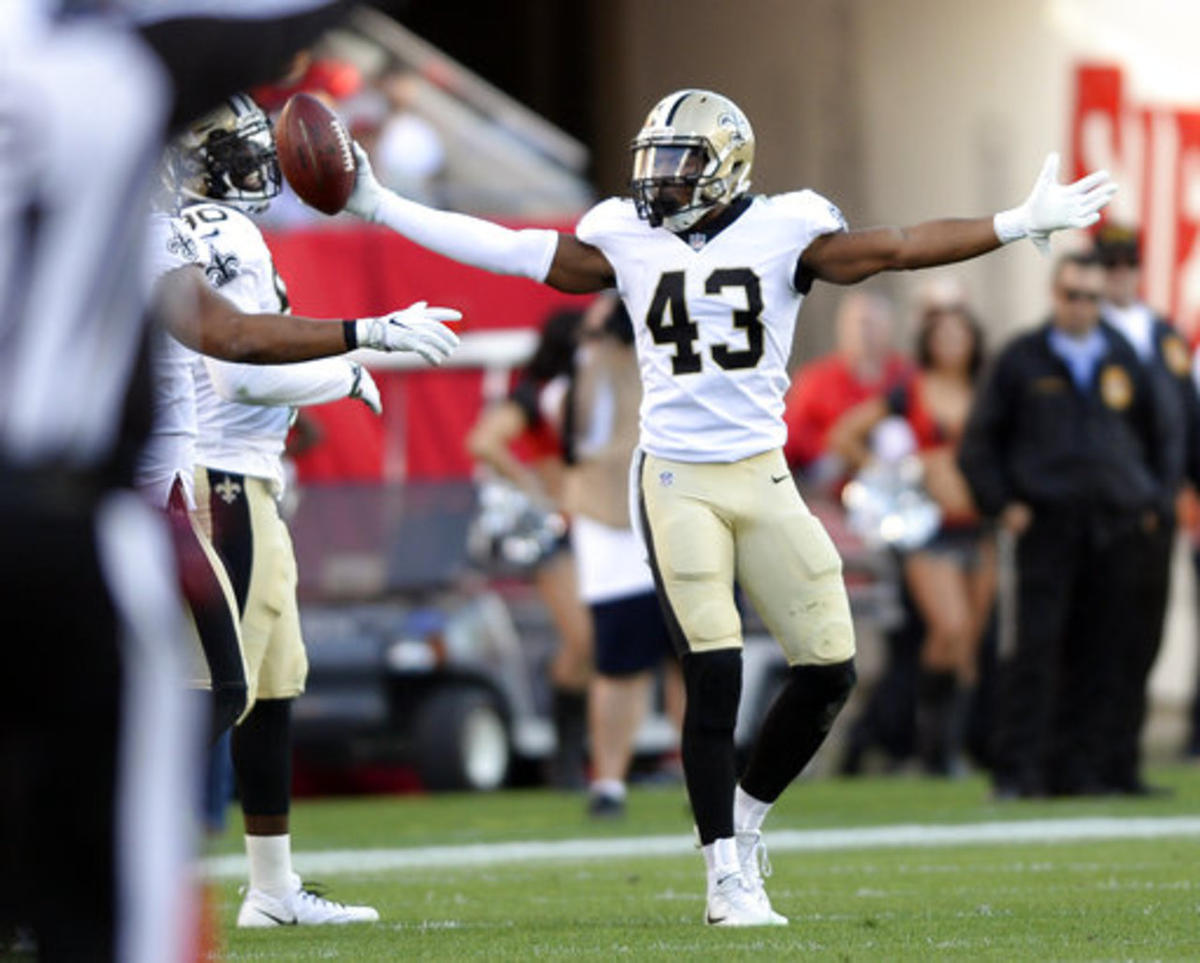 New Orleans Saints free safety Marcus Williams (43) celebrates after intercepting a pass by Tampa Bay Buccaneers quarterback Jameis Winston during the first half of an NFL football game Sunday, Dec. 31, 2017, in Tampa, Fla.