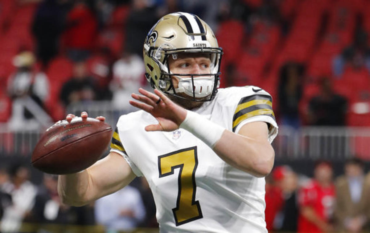New Orleans Saints quarterback Taysom Hill (7) warms up before the first half of an NFL football game between the Atlanta Falcons and the New Orleans Saints, Thursday, Dec. 7, 2017, in Atlanta.
