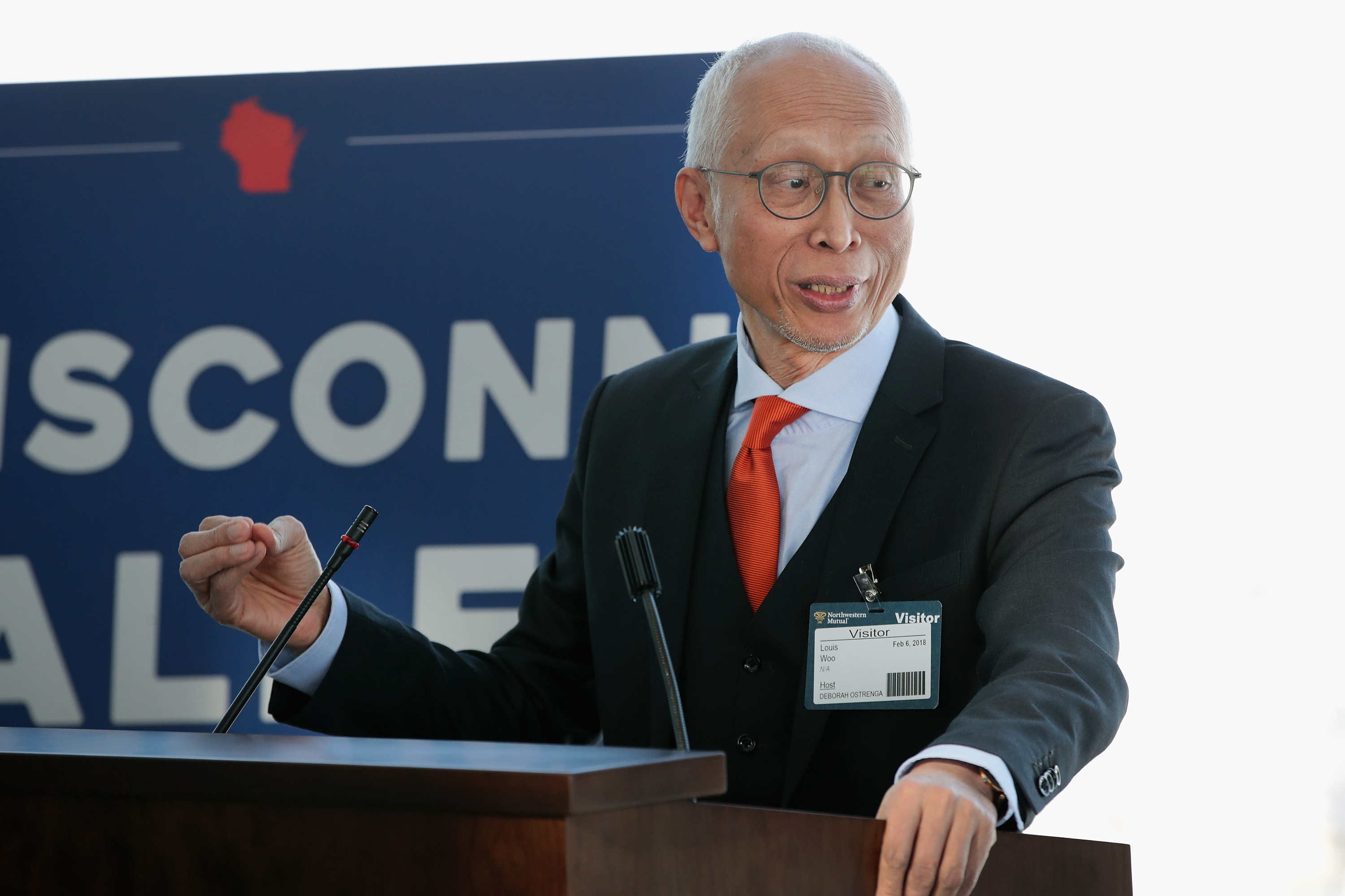 Foxconn exec complains about not being able to change Wisconsin plans whenever it wants
