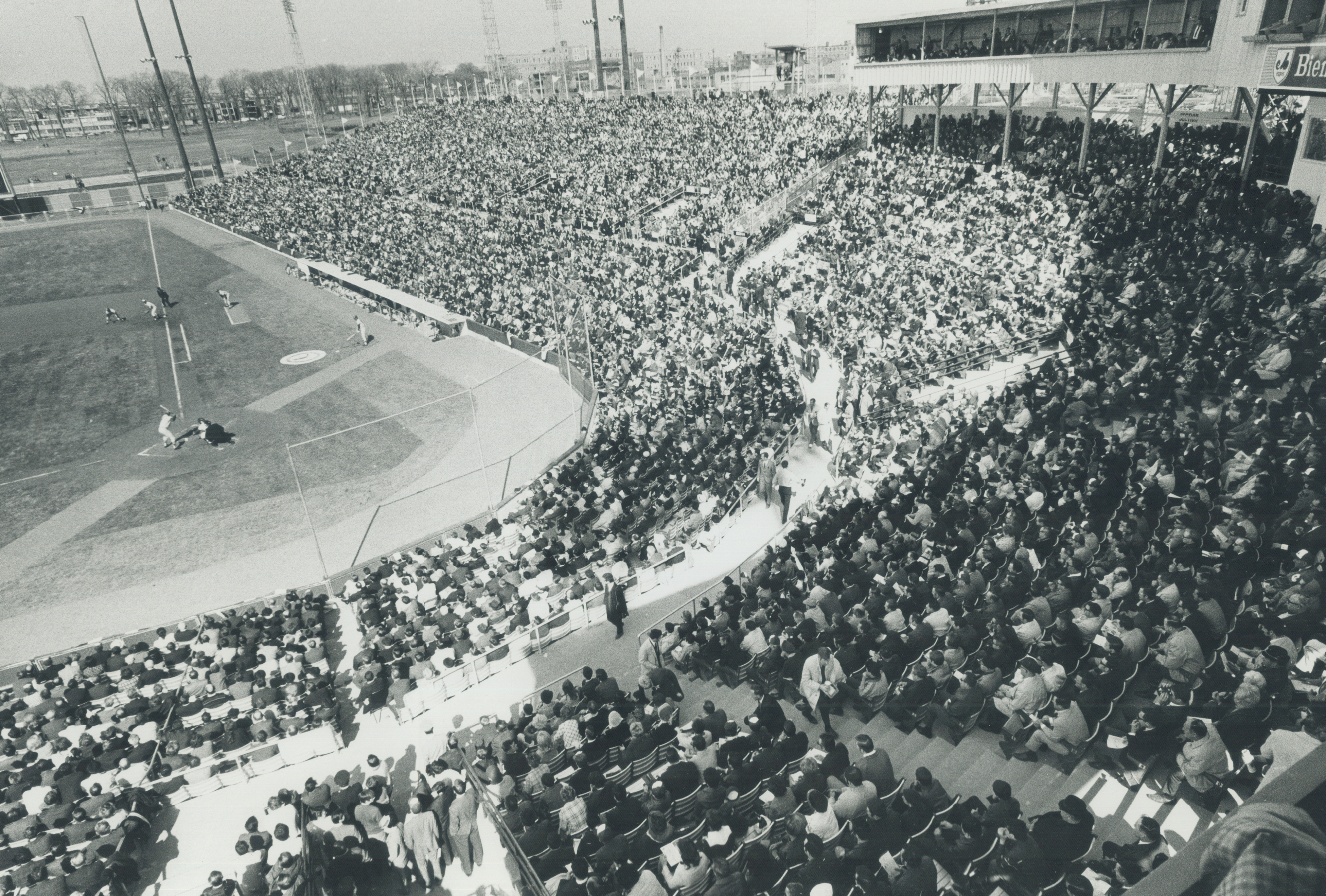 Sports File ruder bonehall; pro. Expos (history) of more than 29;000 crowd at home opener Jarry Park